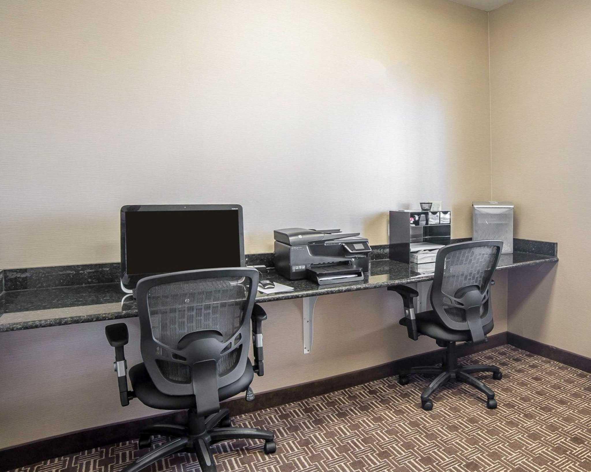 Comfort Inn Evansville-Casper image 27