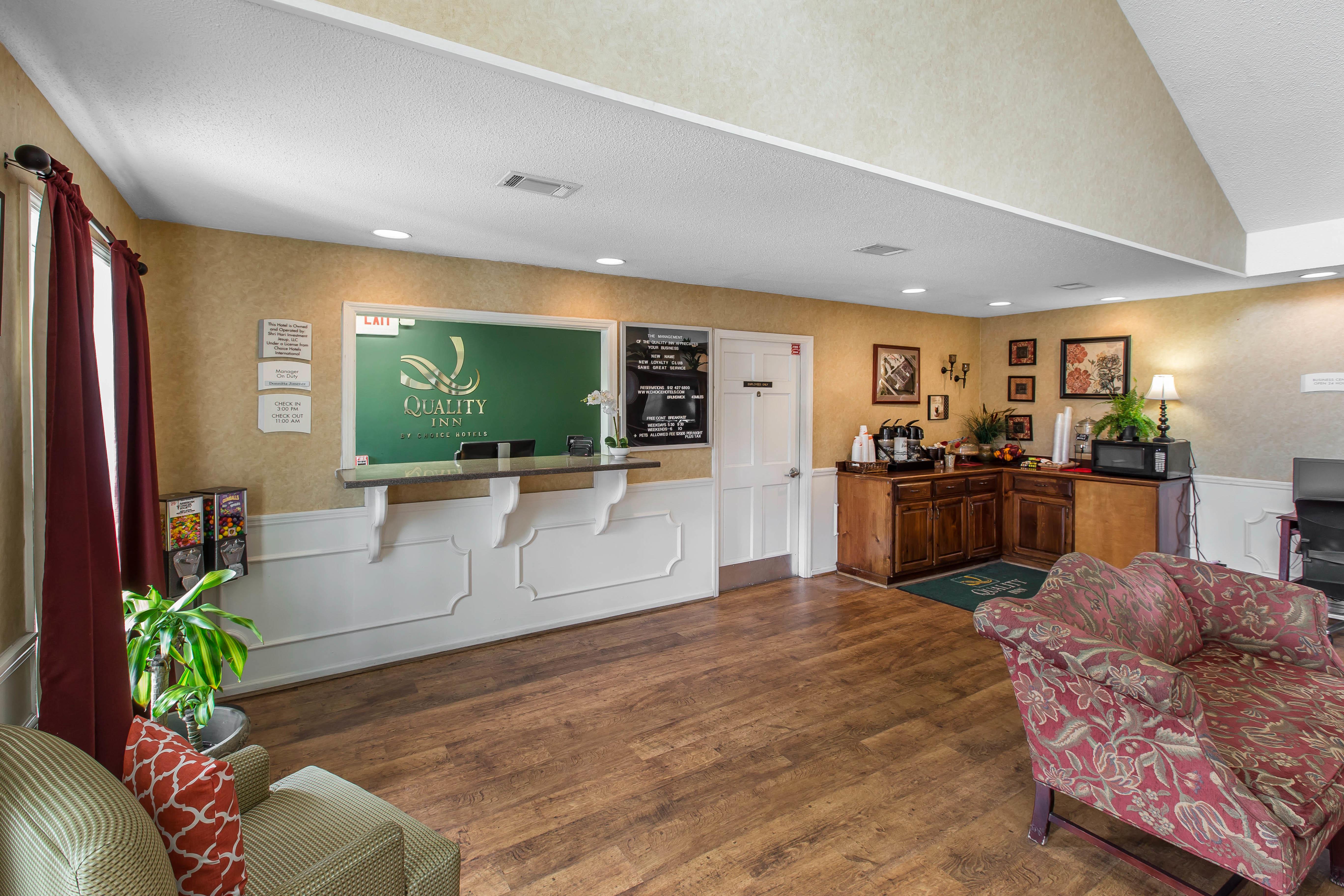 quality inn in jesup ga whitepages. Black Bedroom Furniture Sets. Home Design Ideas