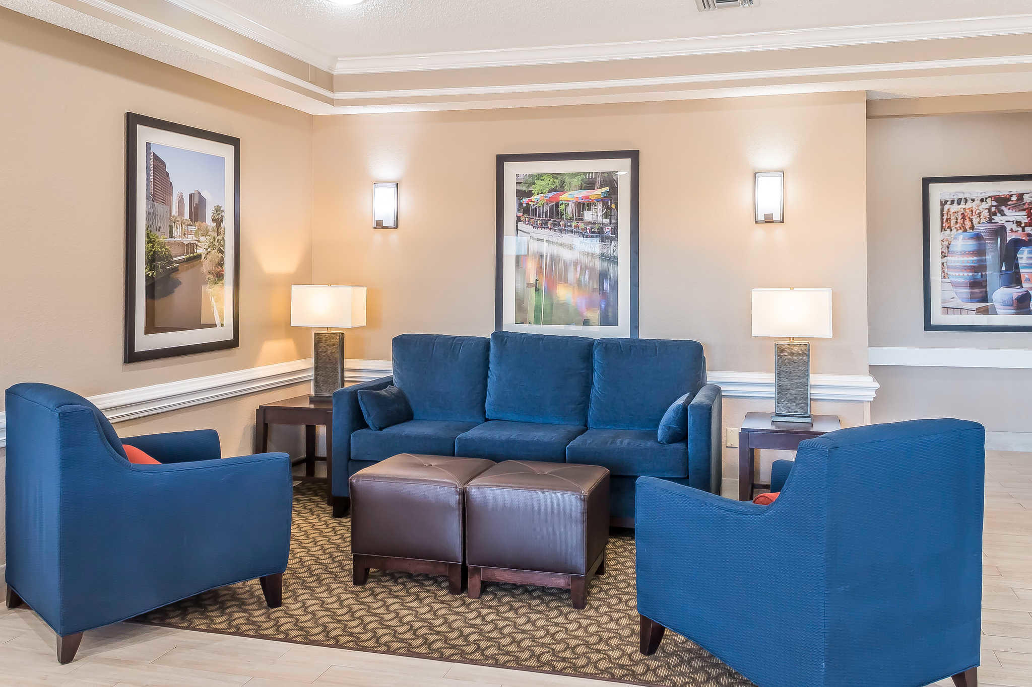 Comfort Inn I-10 EAST Near AT&T Center image 15