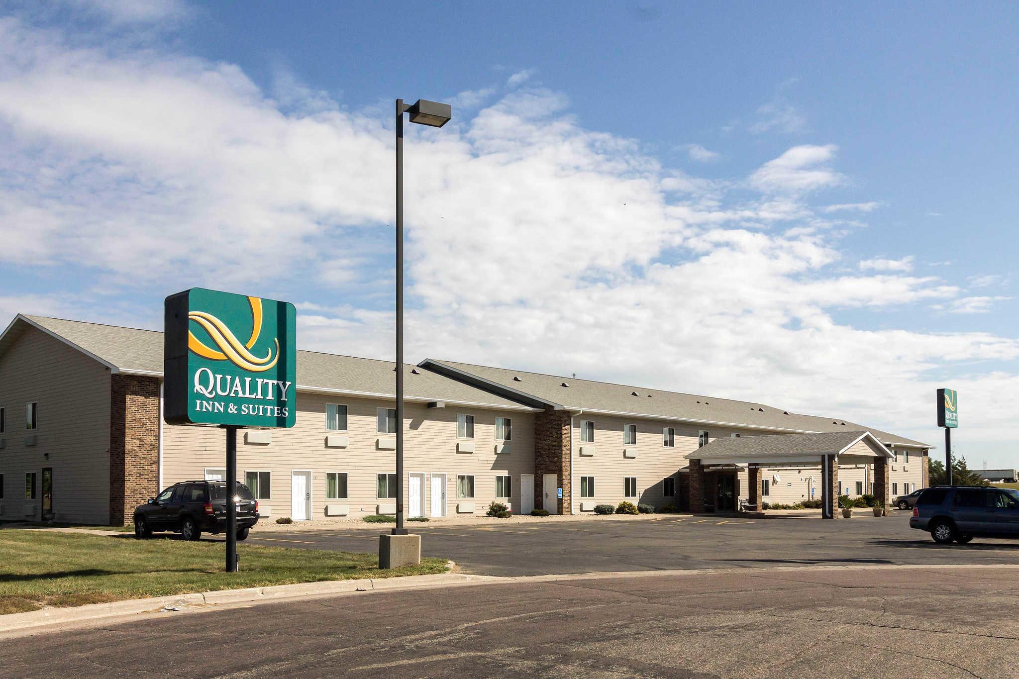 Quality Inn & Suites image 2