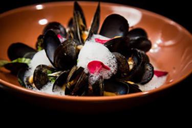 Blu 57 Seafood & Small Plates image 5