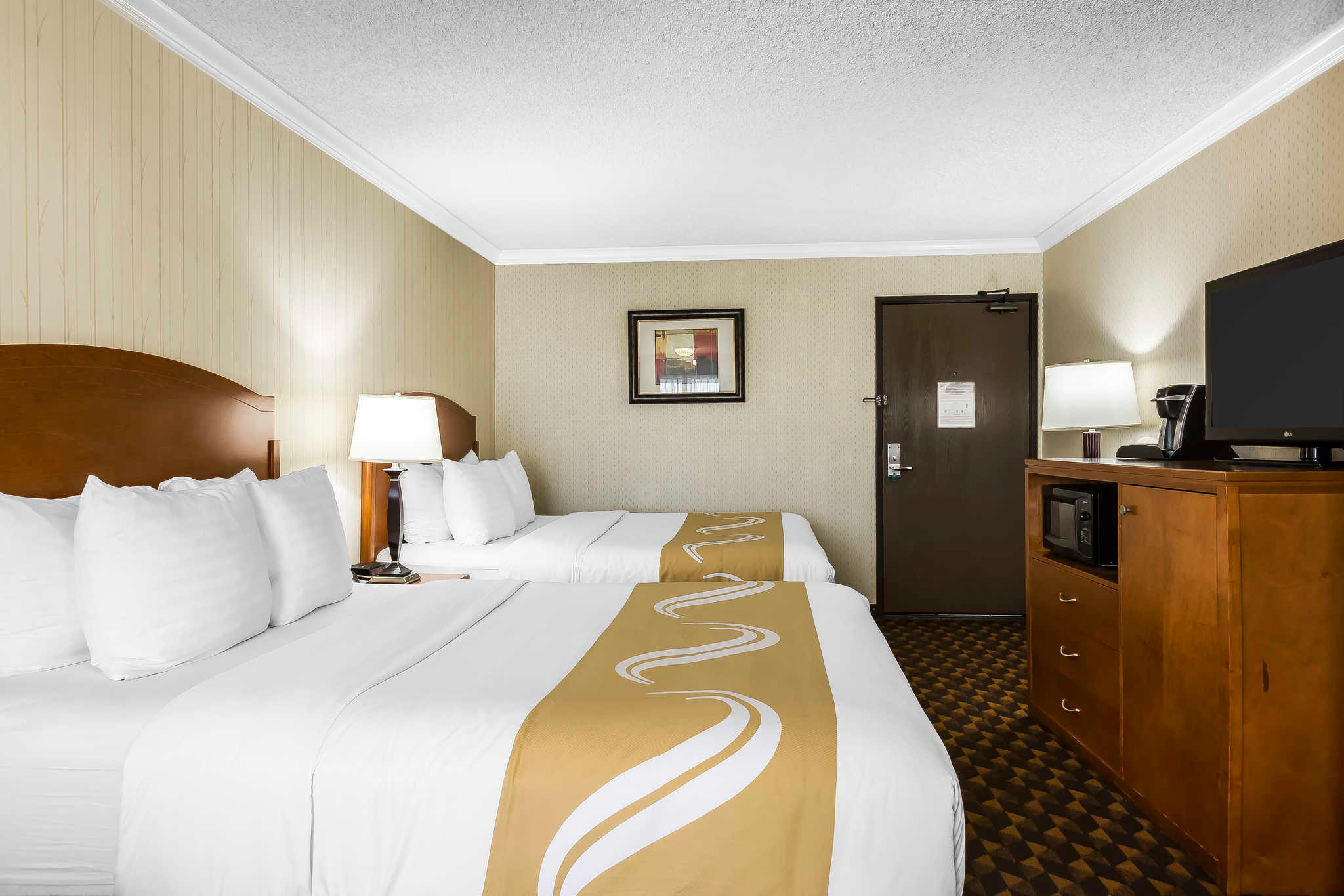 Quality Inn & Suites Los Angeles Airport - LAX image 7