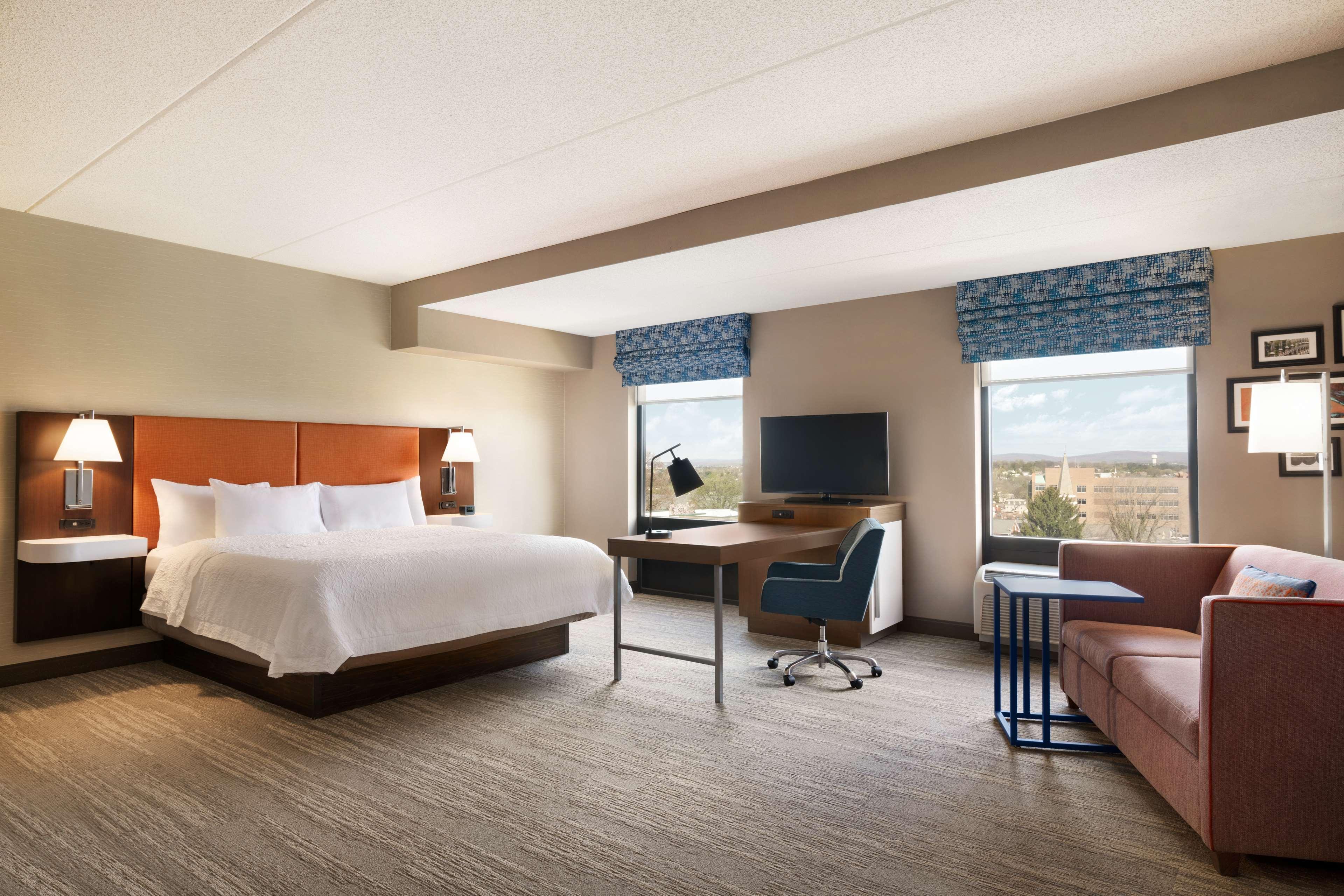 Hampton Inn & Suites Ephrata - Mountain Springs image 15