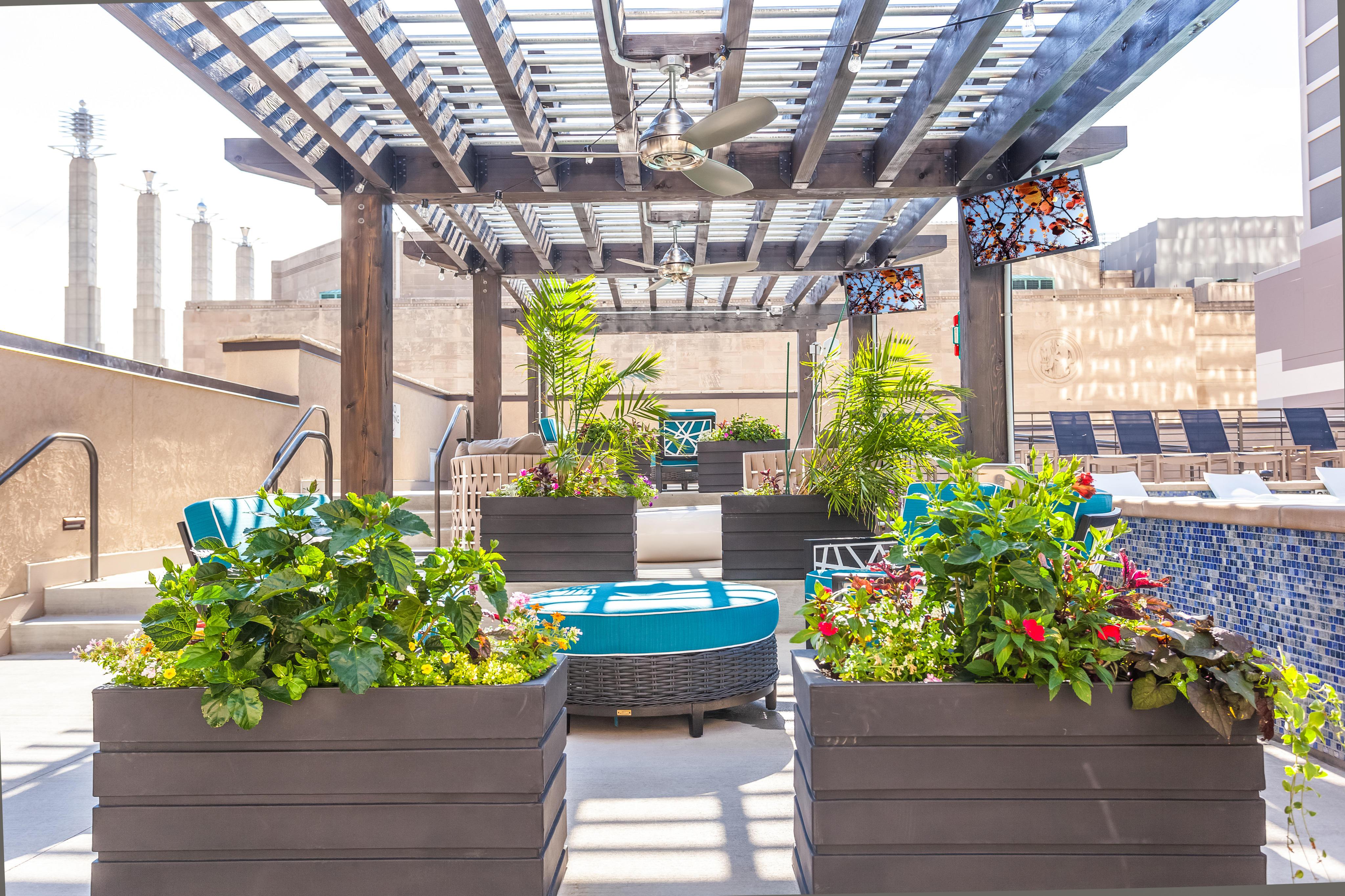 Power & Light KC Apartments image 9