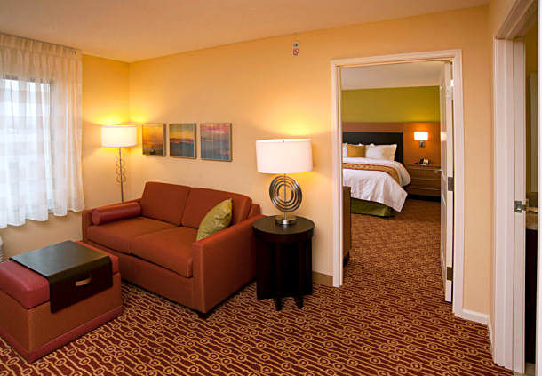 TownePlace Suites by Marriott Fort Wayne North image 1