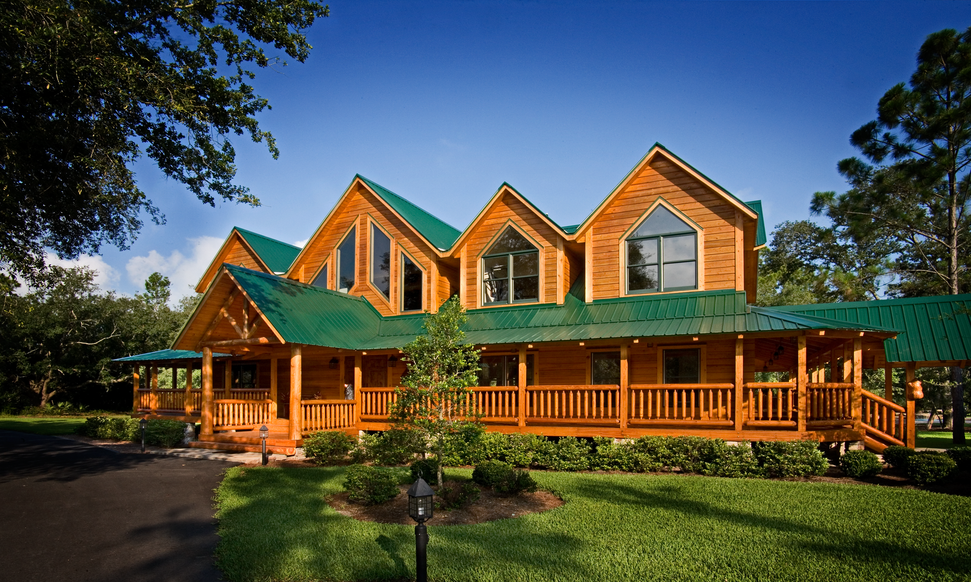 Florida Log Home Staining image 4