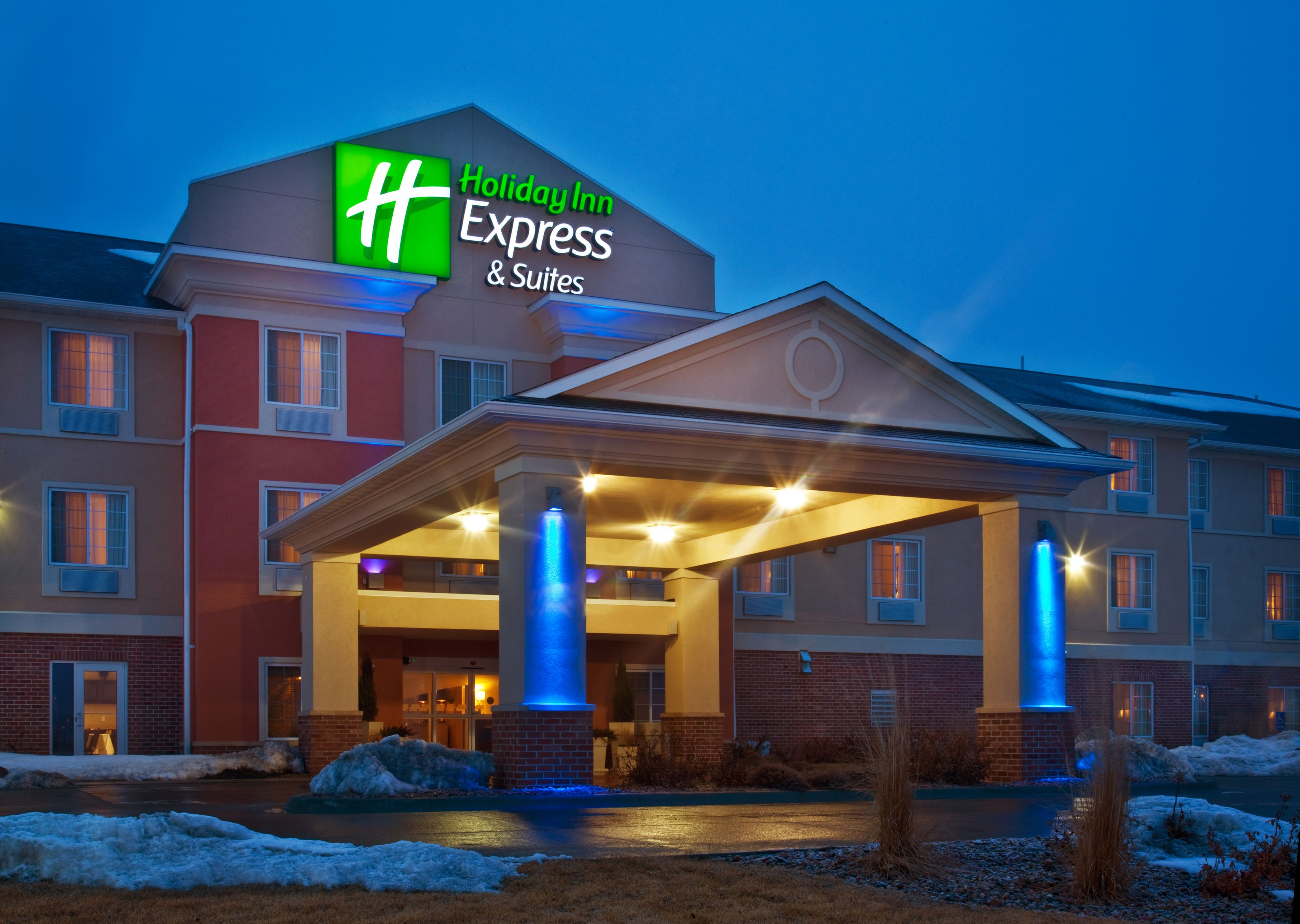 smart business reports costa mesa ca hotels