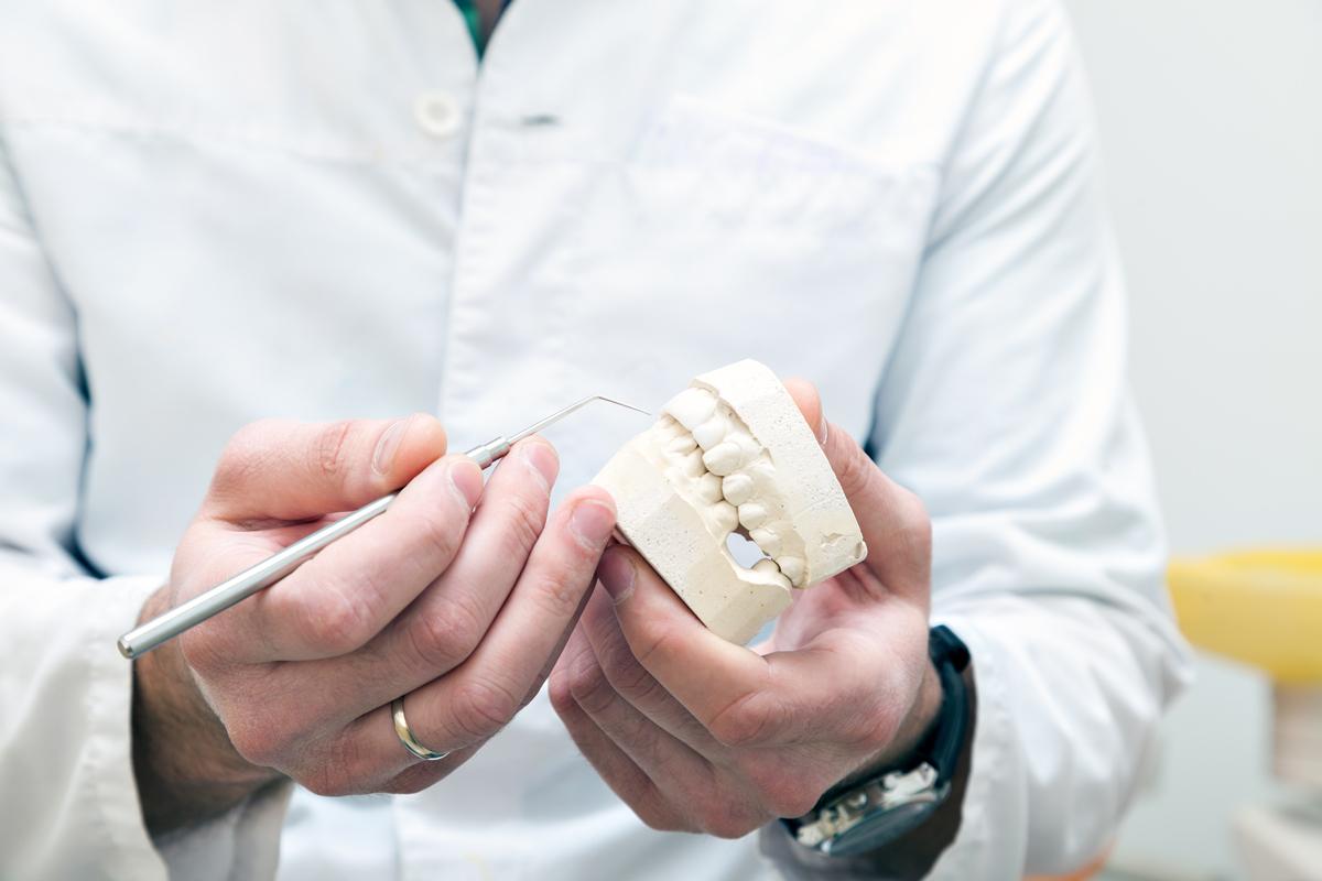 Marcel & Guy Boucher Denturologistes à Laval