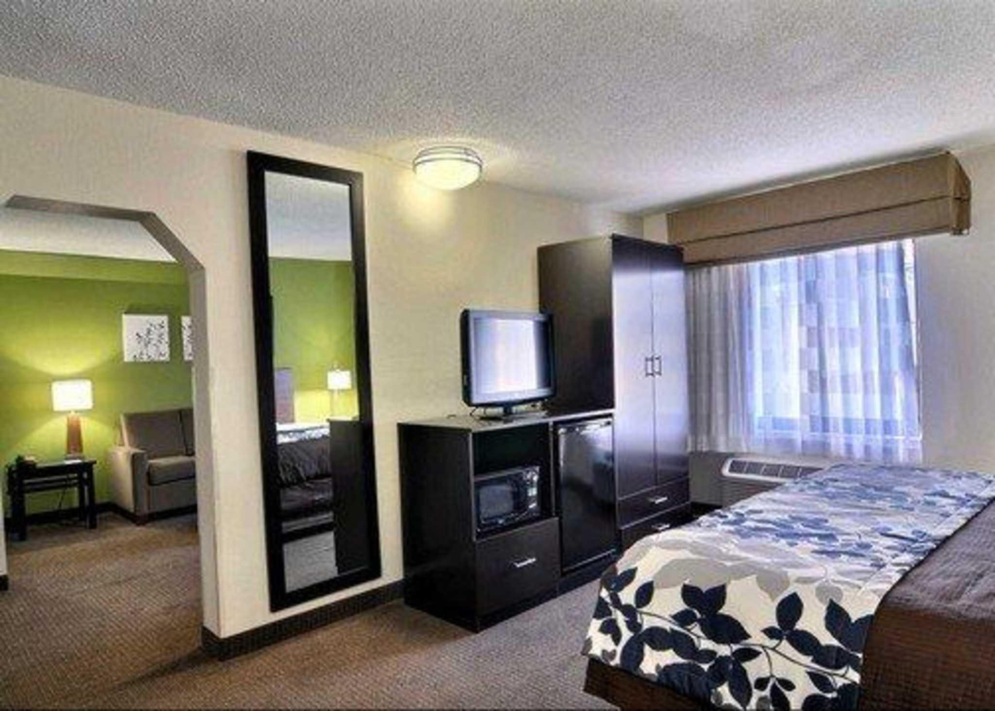 Sleep Inn & Suites near Halifax Regional Medical Center image 23