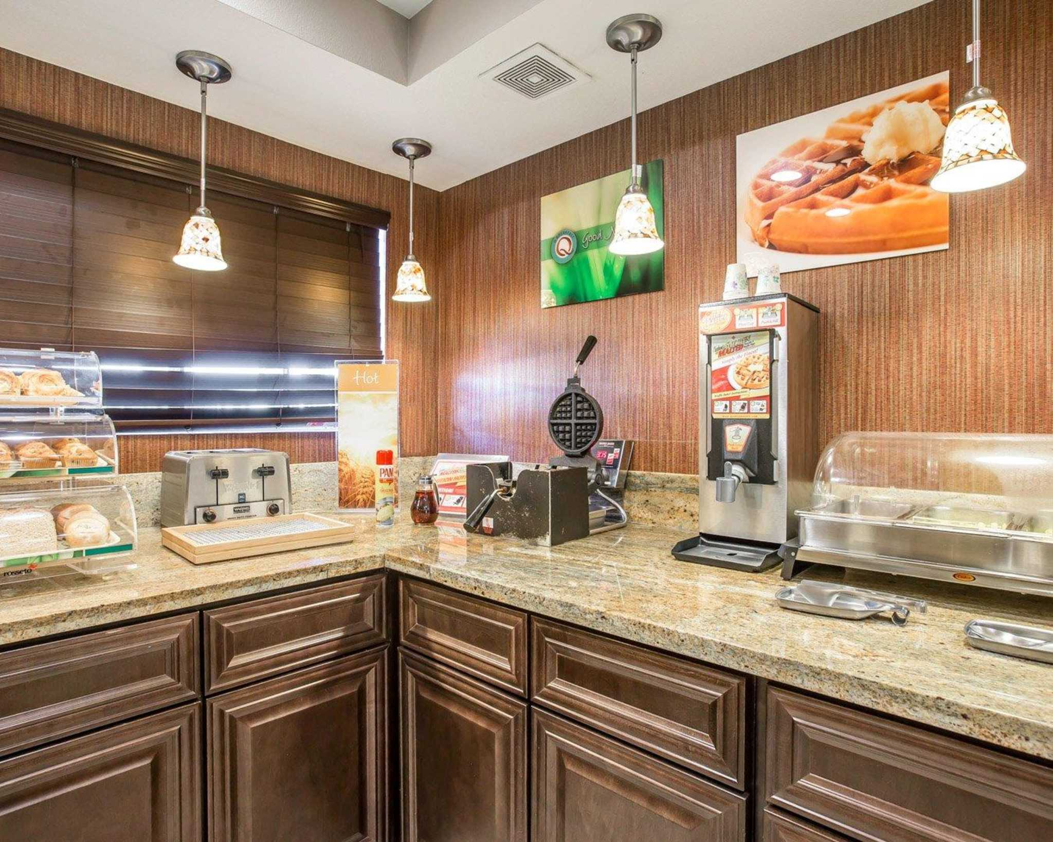 Quality Inn & Suites Woodland - Sacramento Airport image 20
