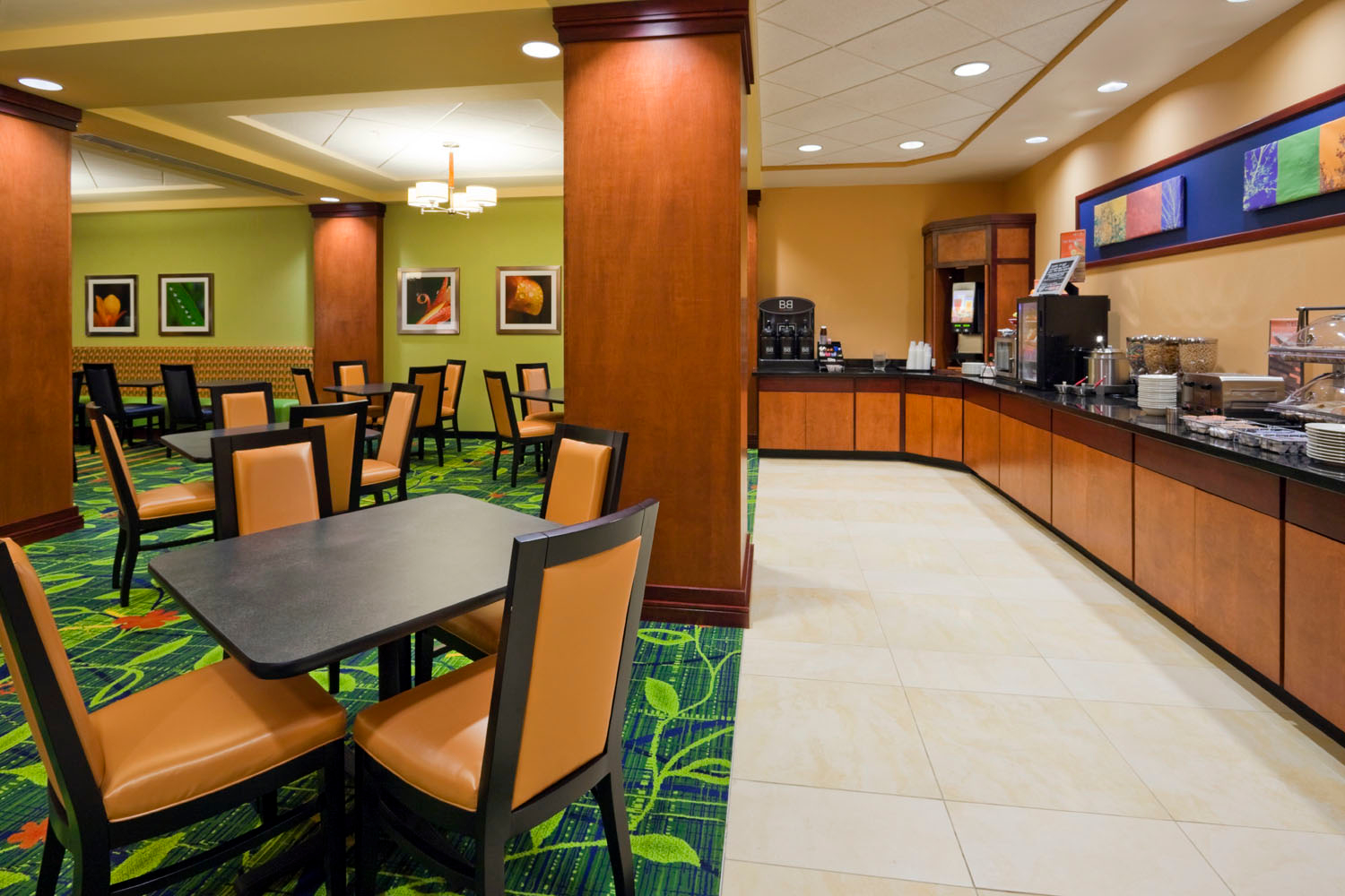 Fairfield Inn Amp Suites By Marriott Indianapolis Downtown