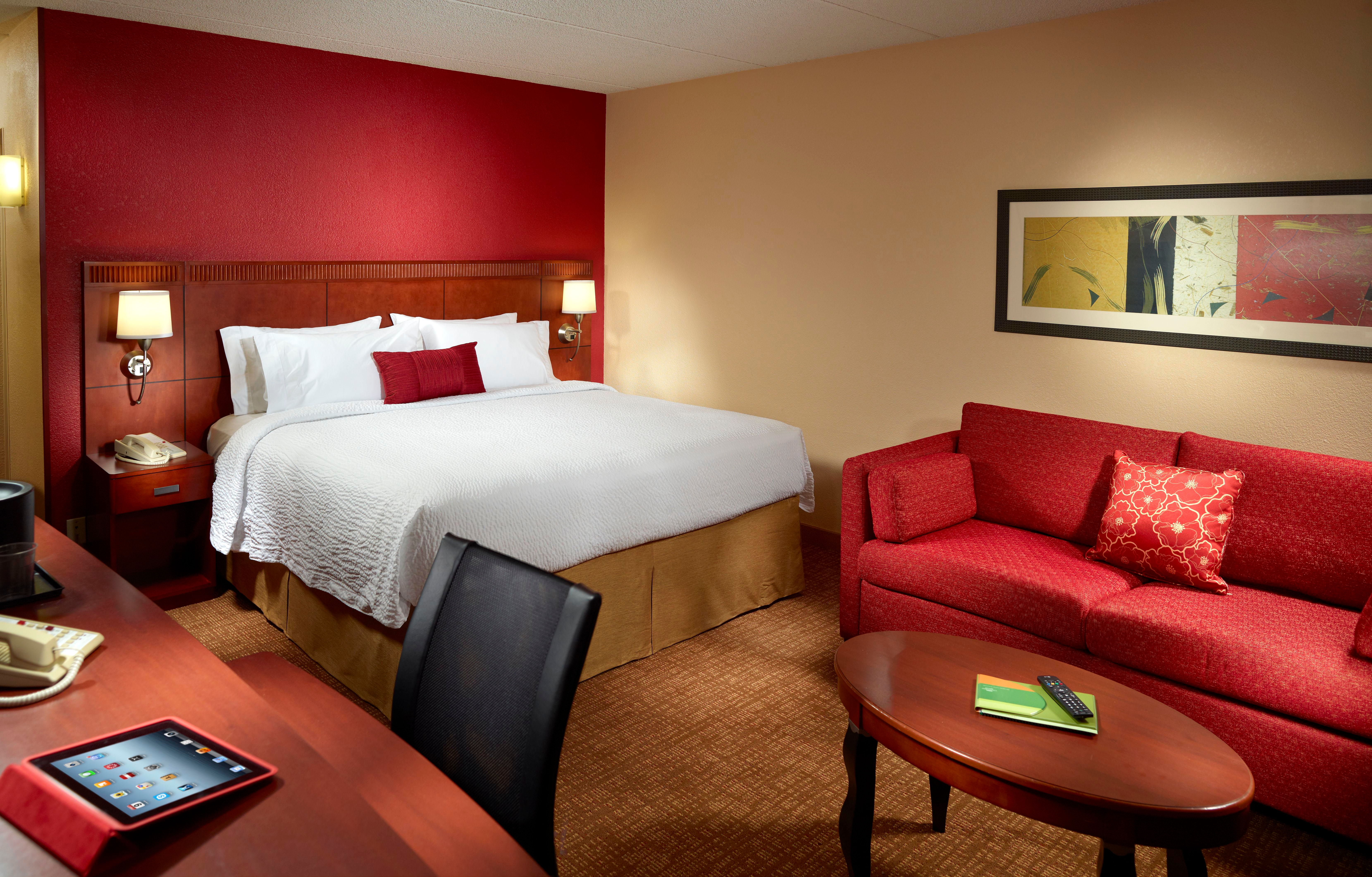 Courtyard by Marriott Columbus image 9