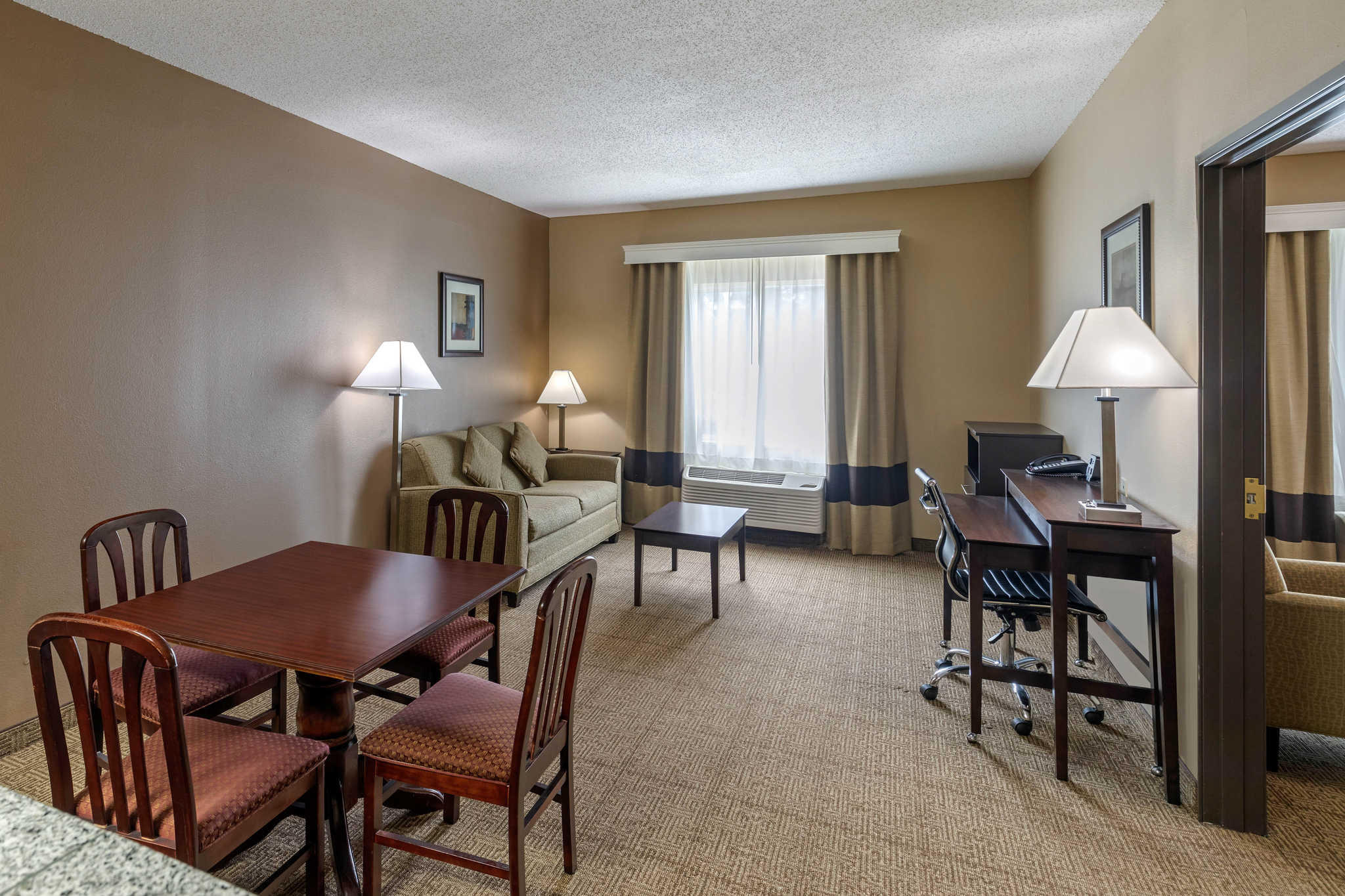 Comfort Suites The Colony - Plano West image 33