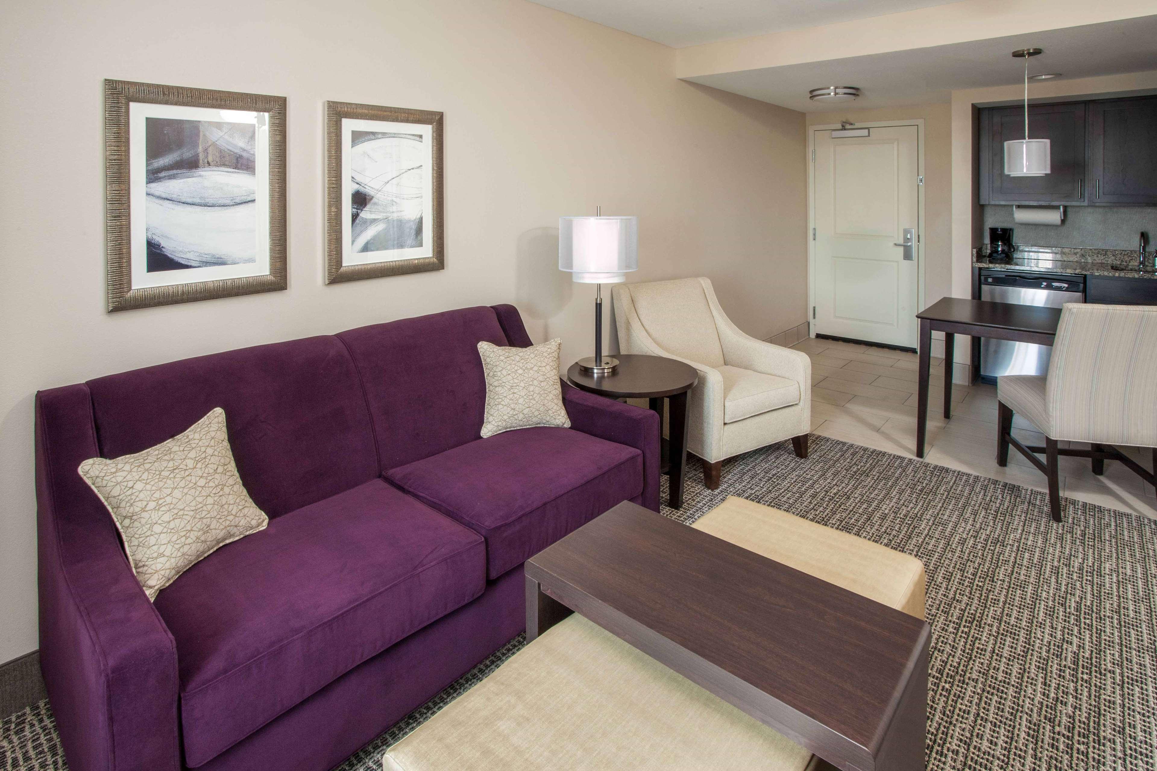 Homewood Suites by Hilton Munster image 3