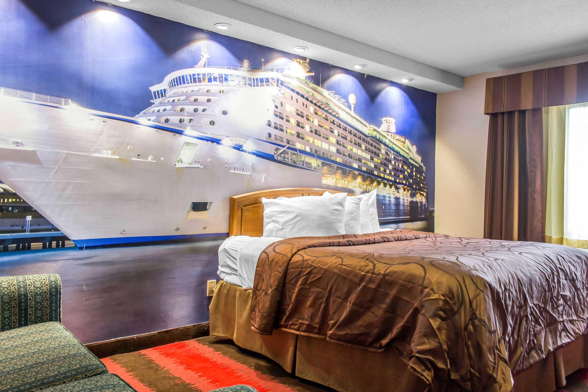 Rodeway Inn Capri image 3