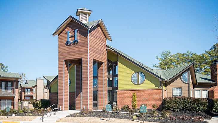 The Hub at Auburn Apartment Homes image 16