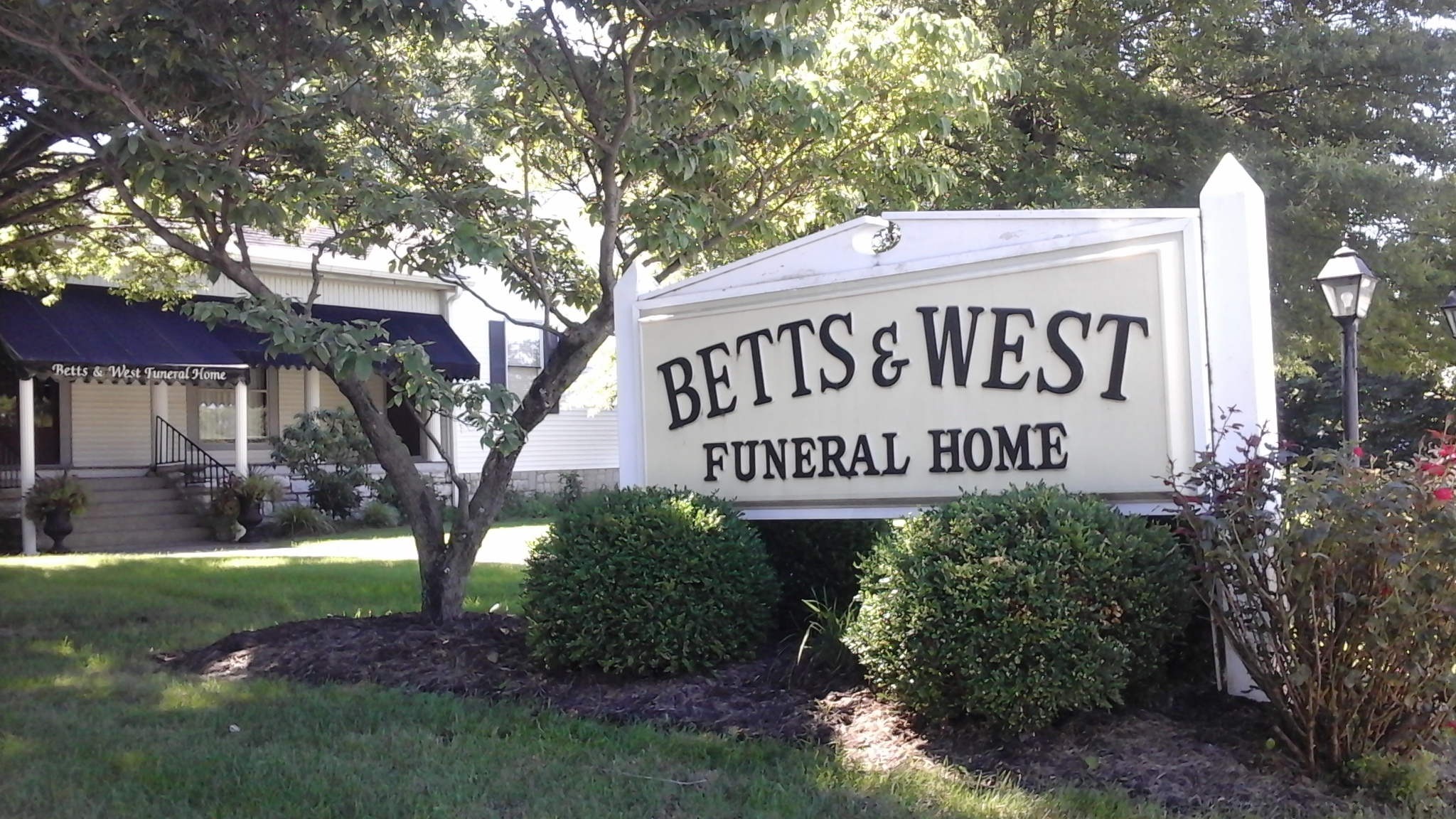 Betts & West Funeral Home image 2