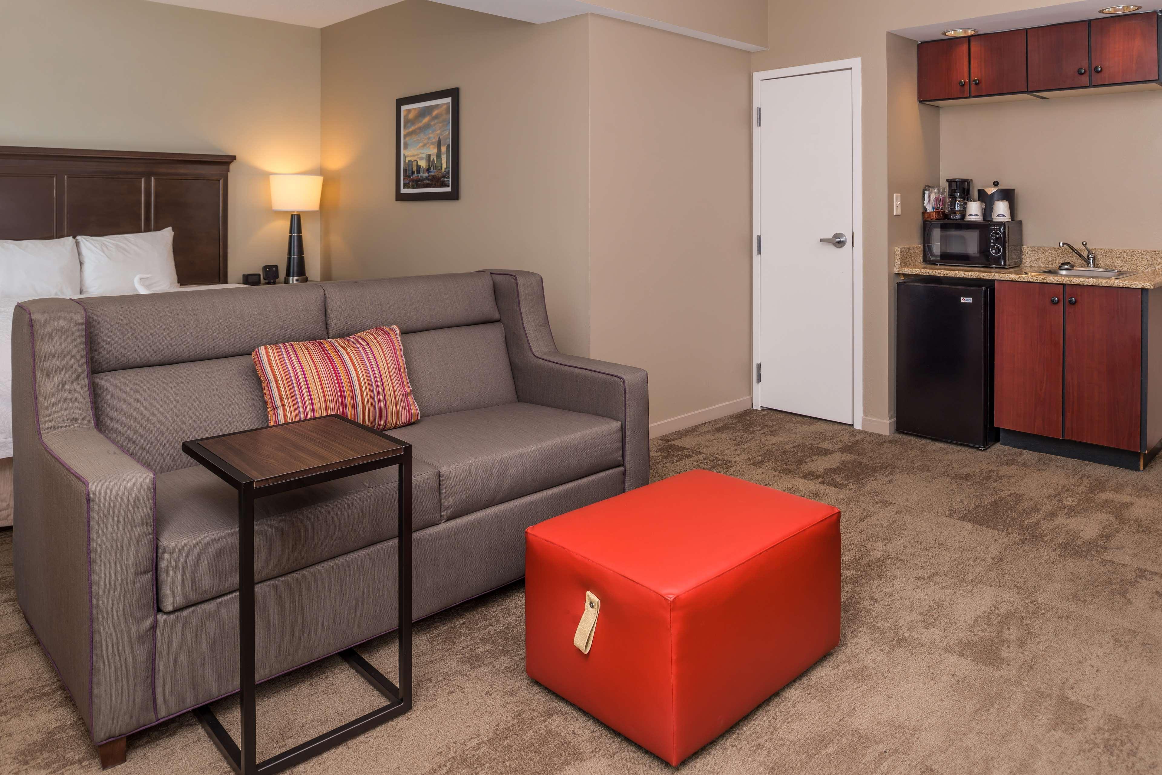 Hampton Inn & Suites Charlotte-Arrowood Rd. image 18