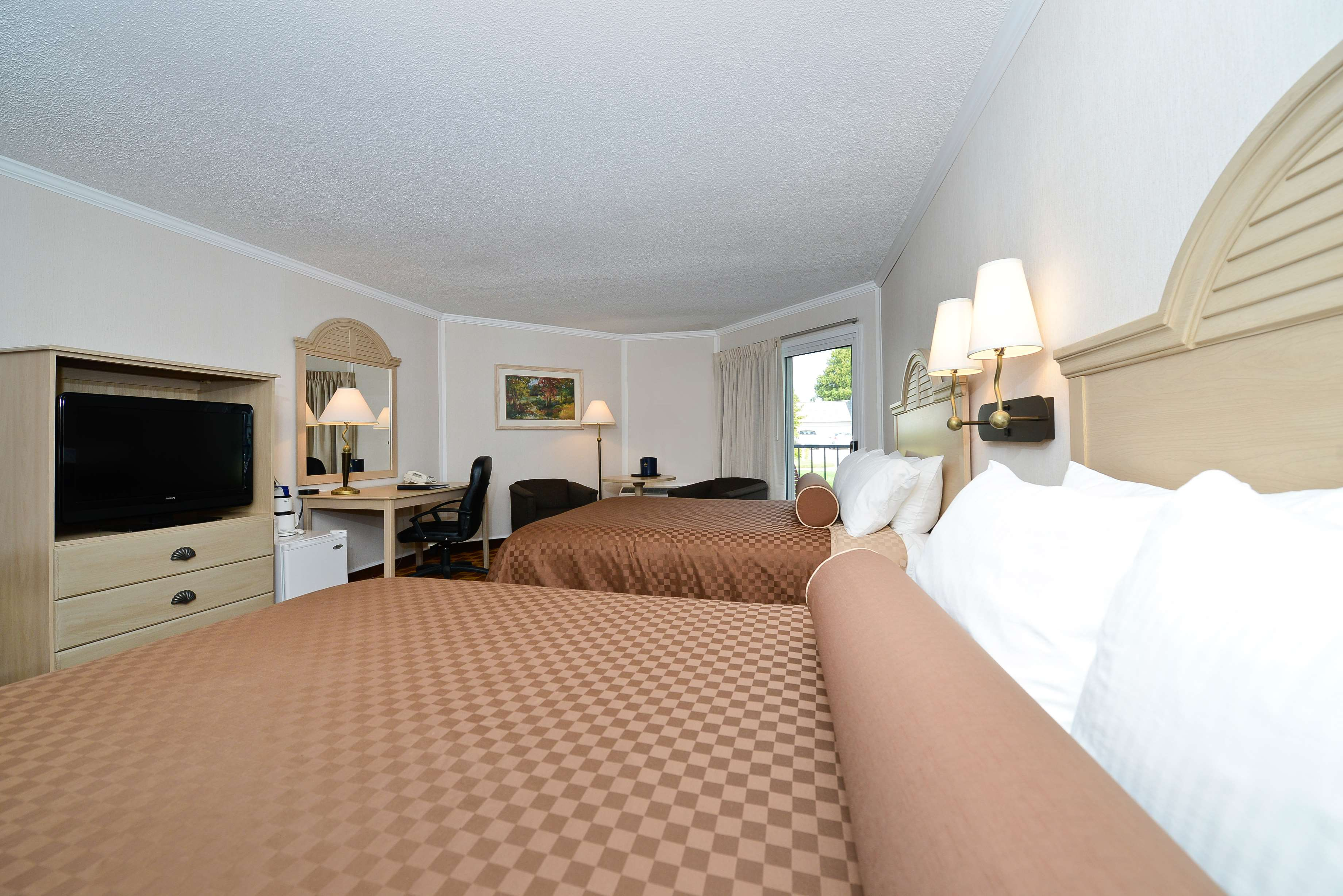 Best Western Harbour Pointe Lakefront image 42