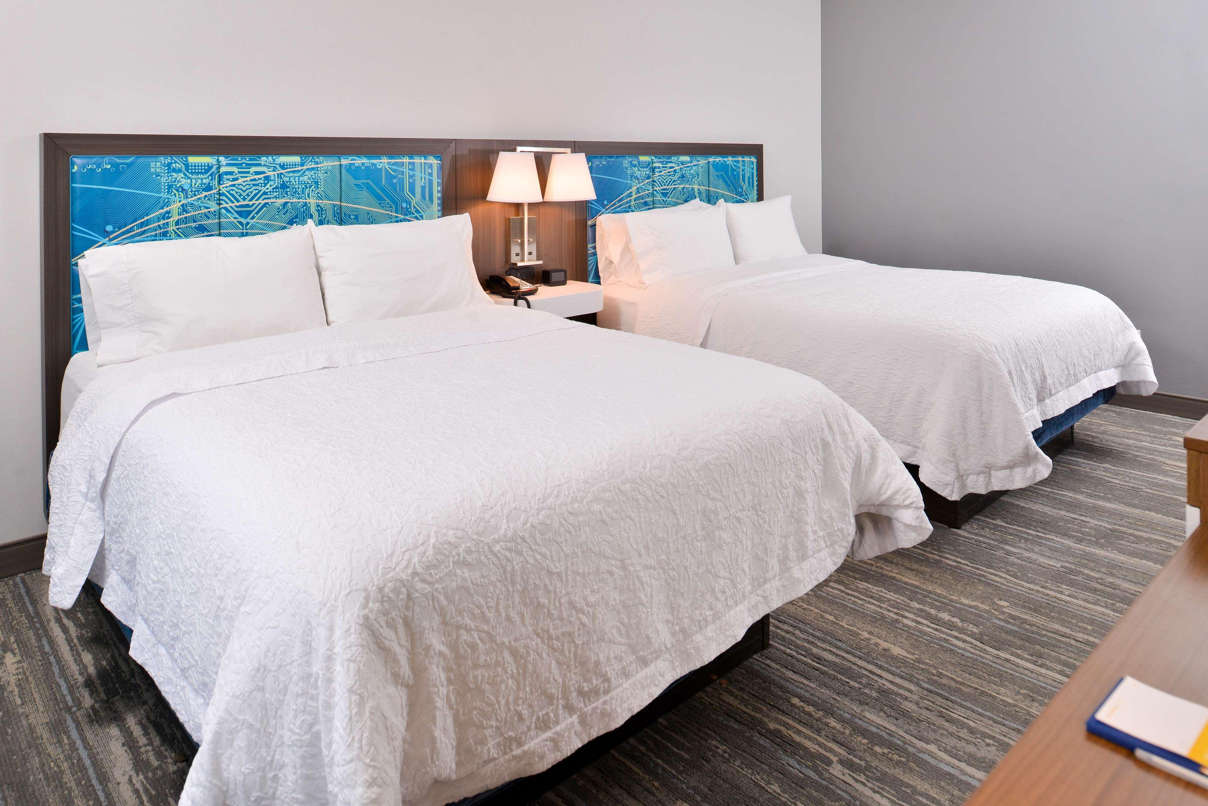 Hampton Inn & Suites St. Paul Oakdale/Woodbury image 31