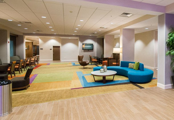 Fairfield Inn & Suites by Marriott Orlando International Drive/Convention Center image 1