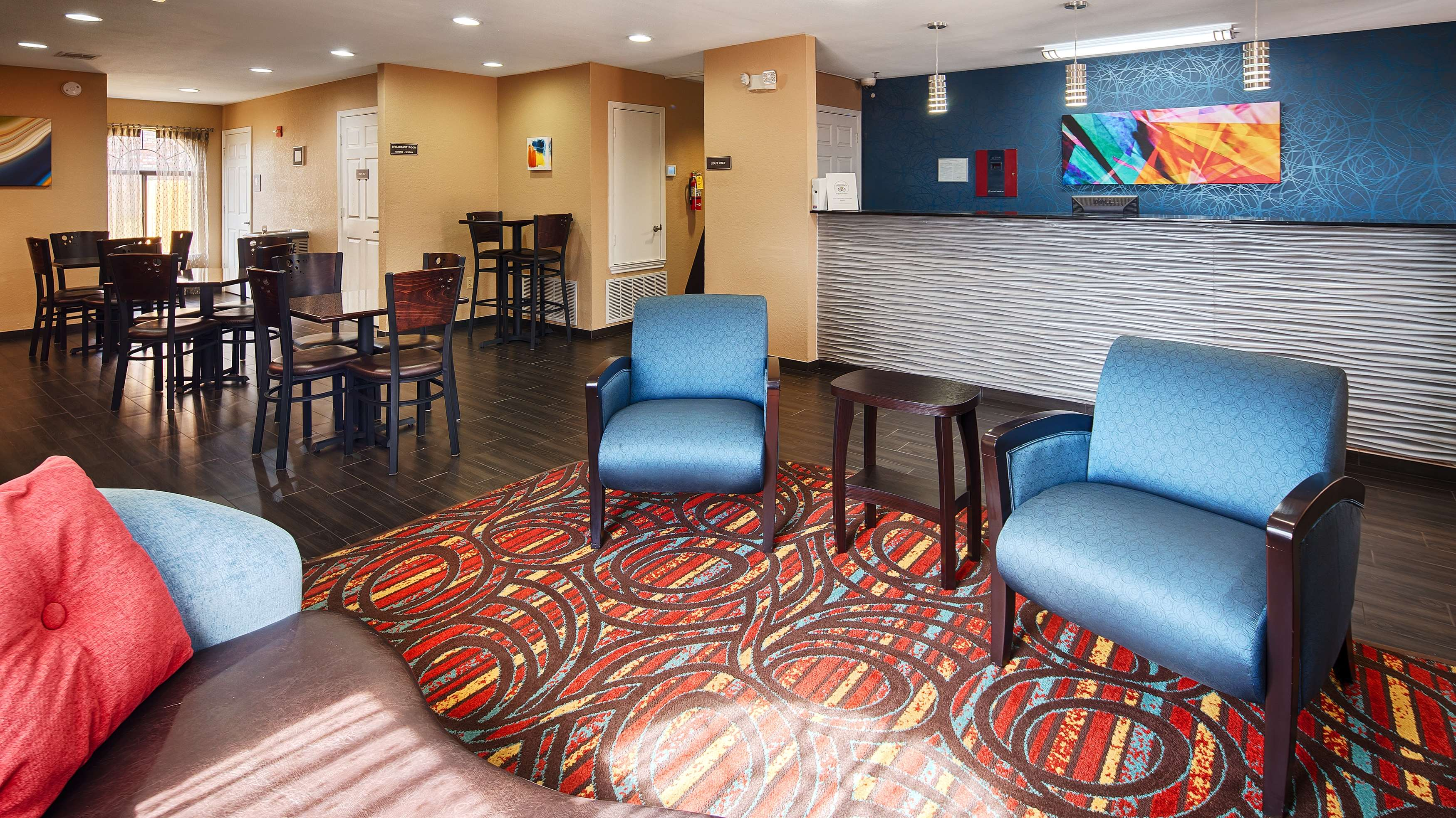 Best Western Cedar Inn image 2