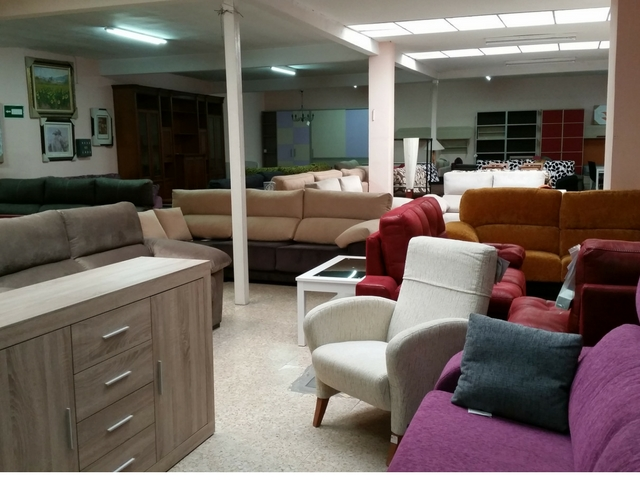 Casa jard n muebles en cuenca infobel espa a for Casa muebles madrid