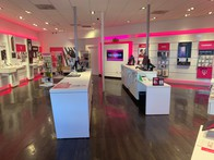 Interior photo of T-Mobile Store at Ala Lilikoi & Salt Lake, Honolulu, HI