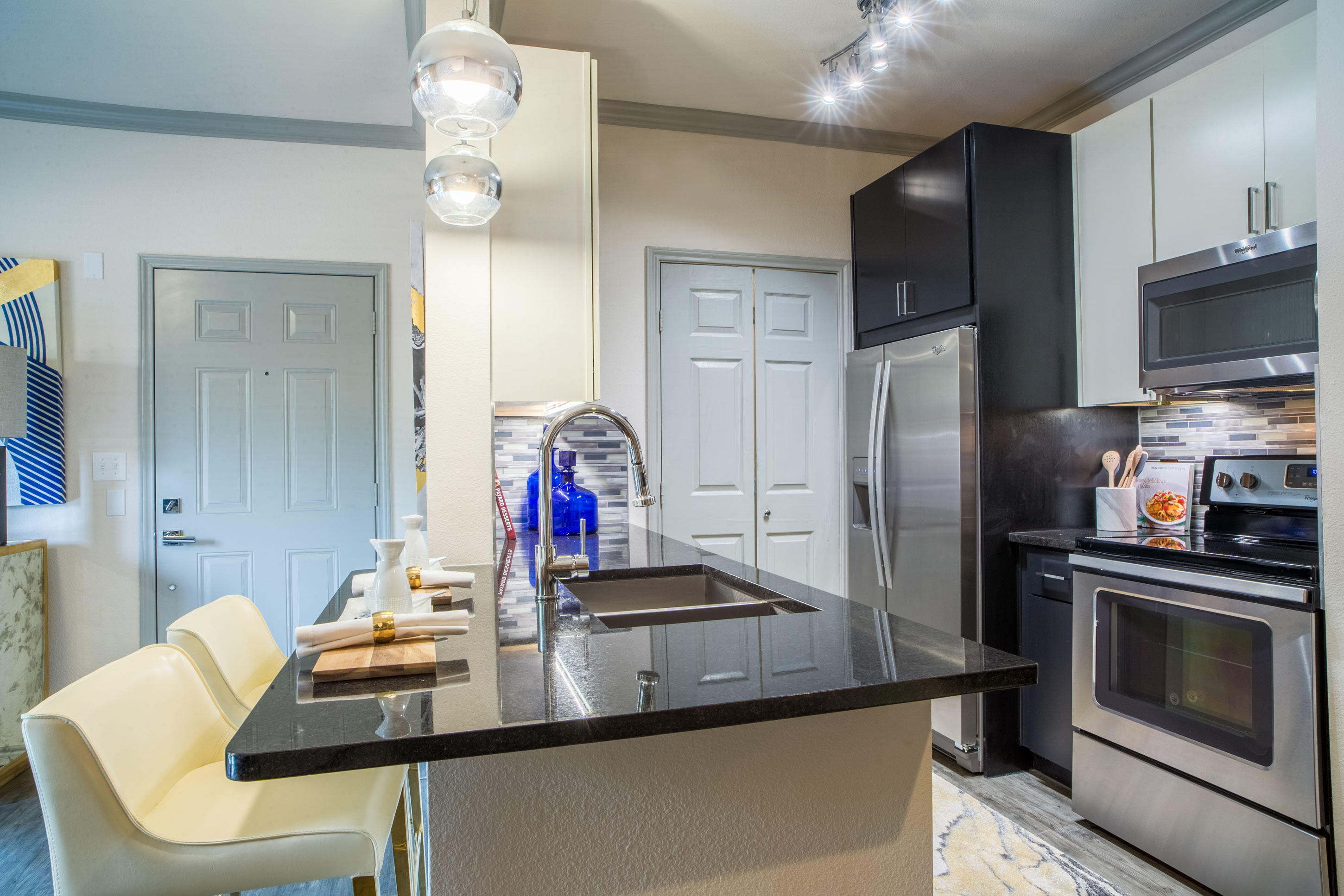 Apartments On Vail St Dallas Tx