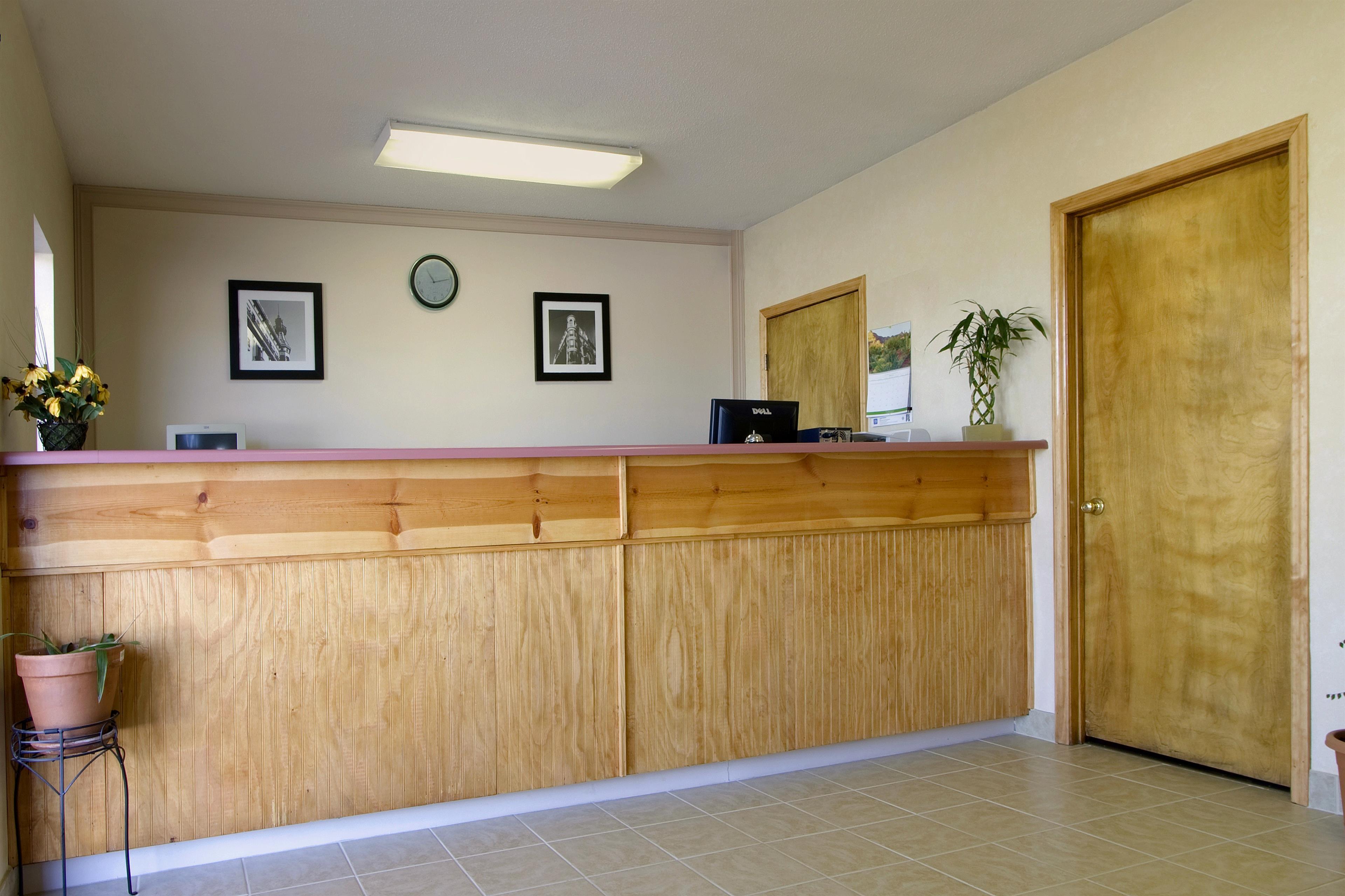 Americas Best Value Inn Augusta/Fort Gordon image 2