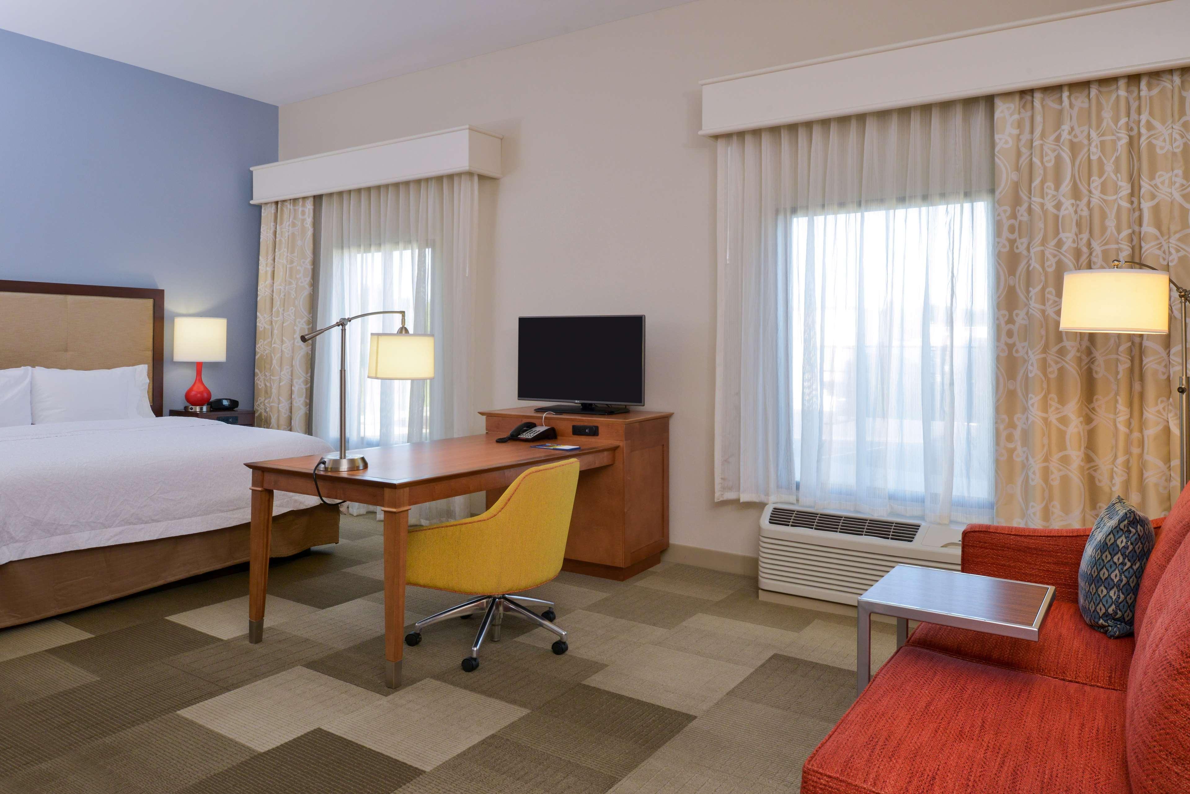 Hampton Inn & Suites Lonoke image 42