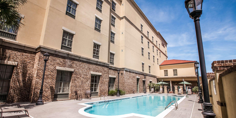 Hampton Inn & Suites Savannah Historic District image 15