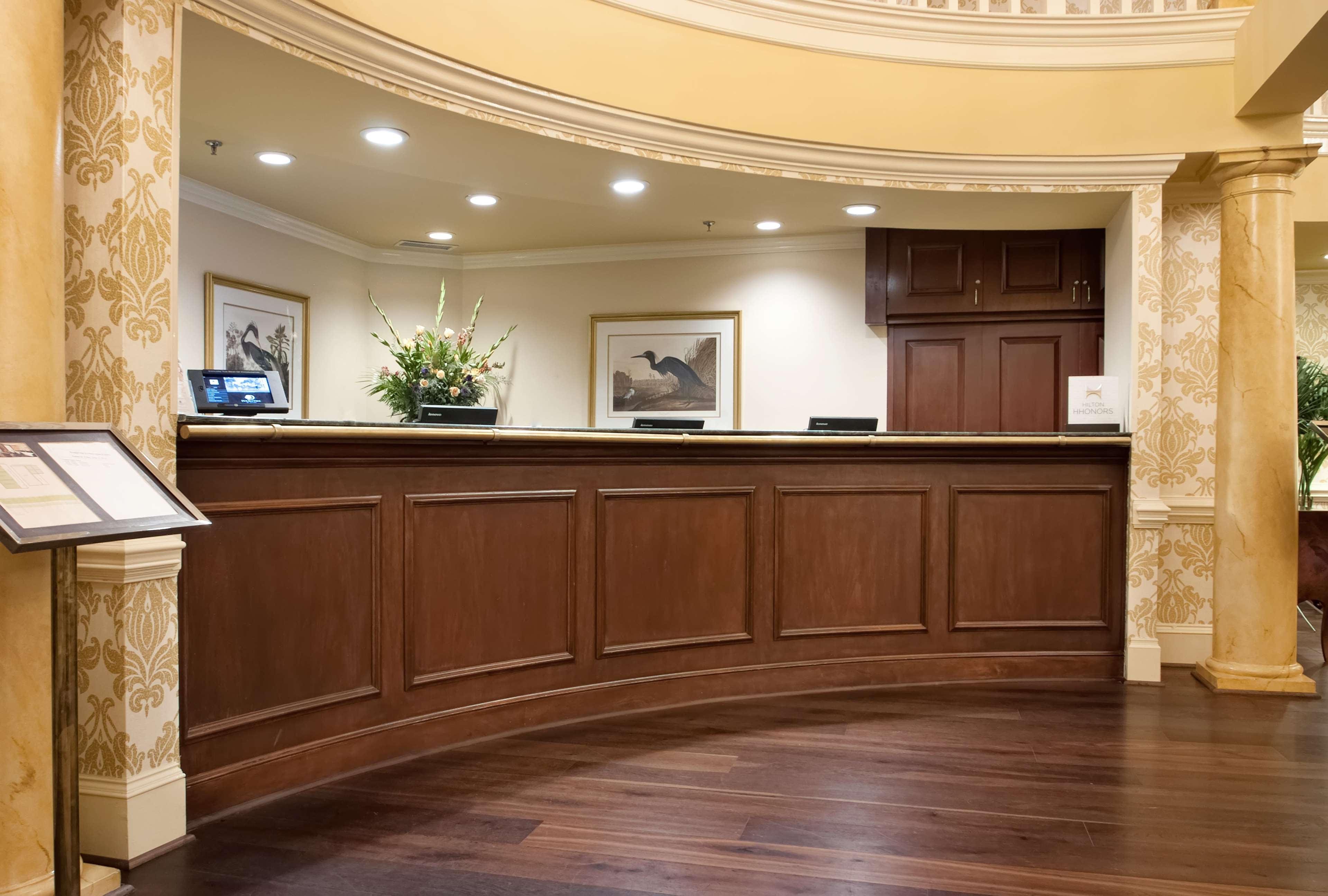 DoubleTree by Hilton Hotel & Suites Charleston - Historic District image 7