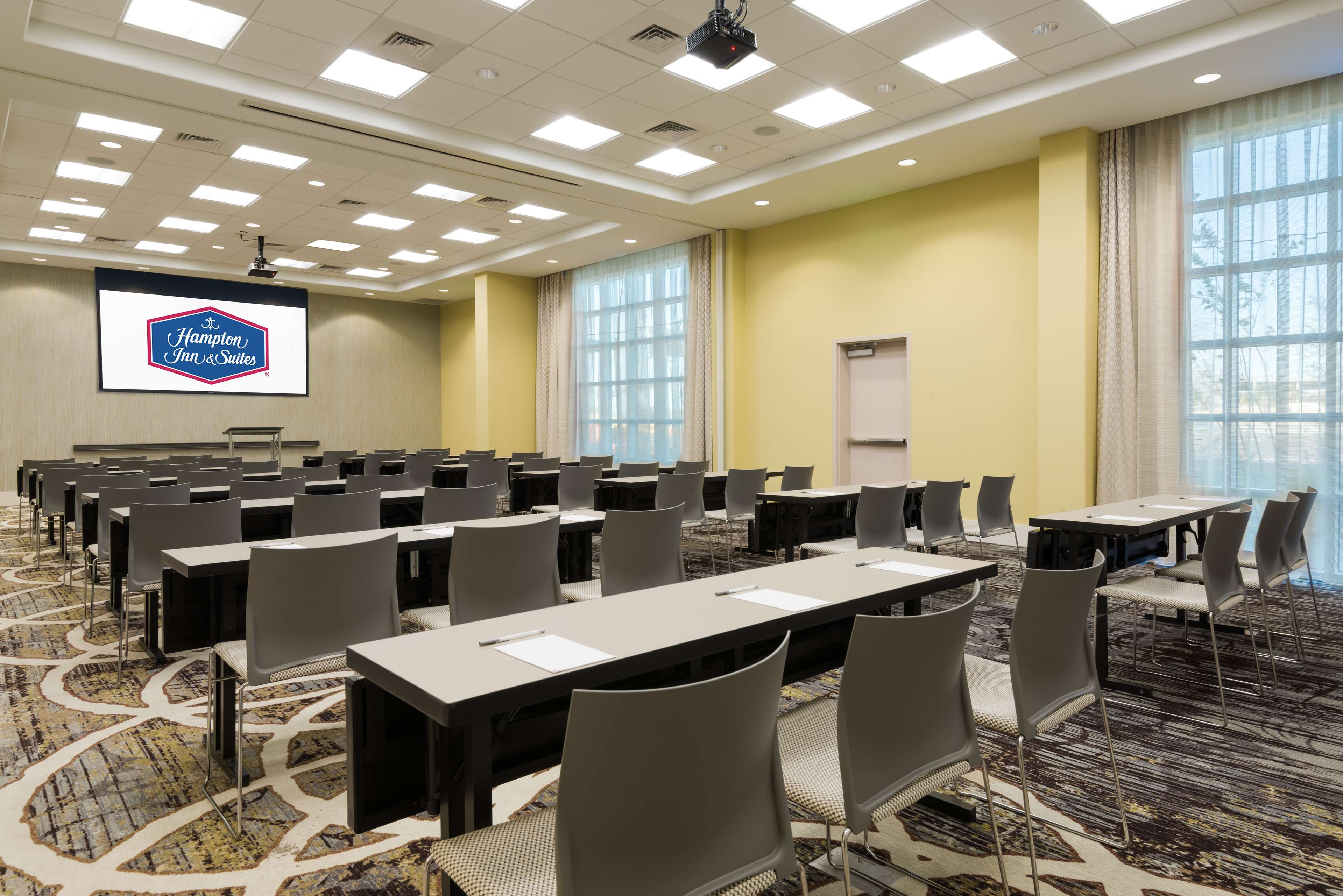Hampton Inn & Suites Tampa Airport Avion Park Westshore image 29
