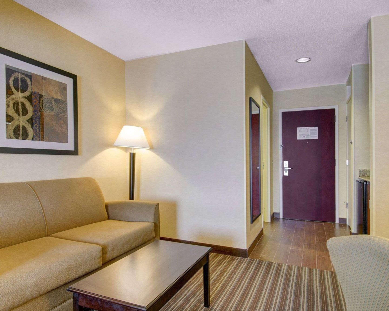 Comfort Inn in Woburn, MA, photo #24