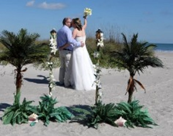 Cocoa Beach Weddings On A Budget image 4