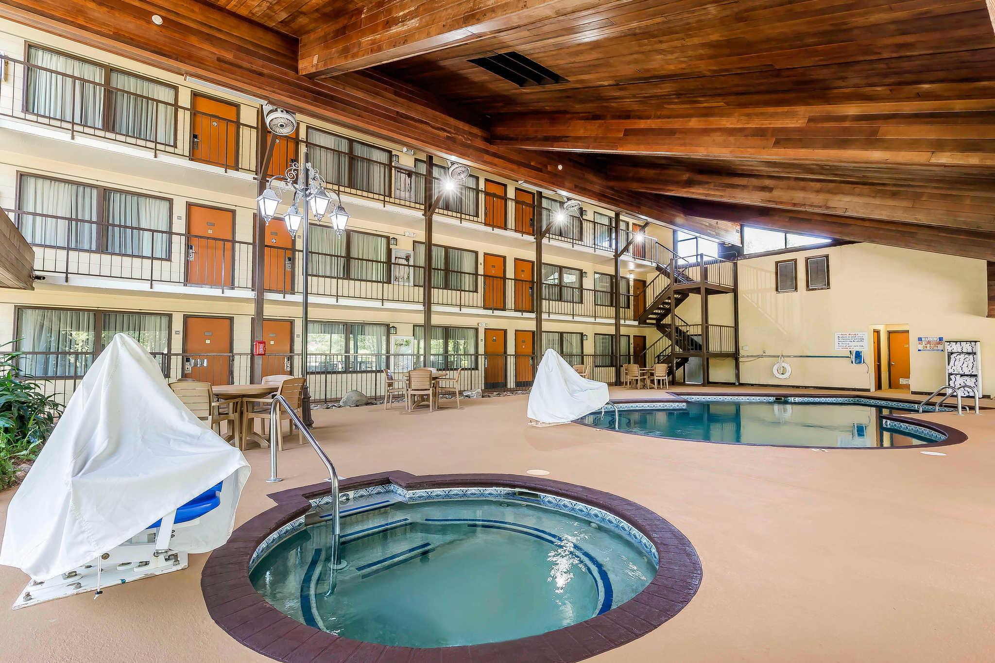 Quality Inn & Suites River Suites image 28