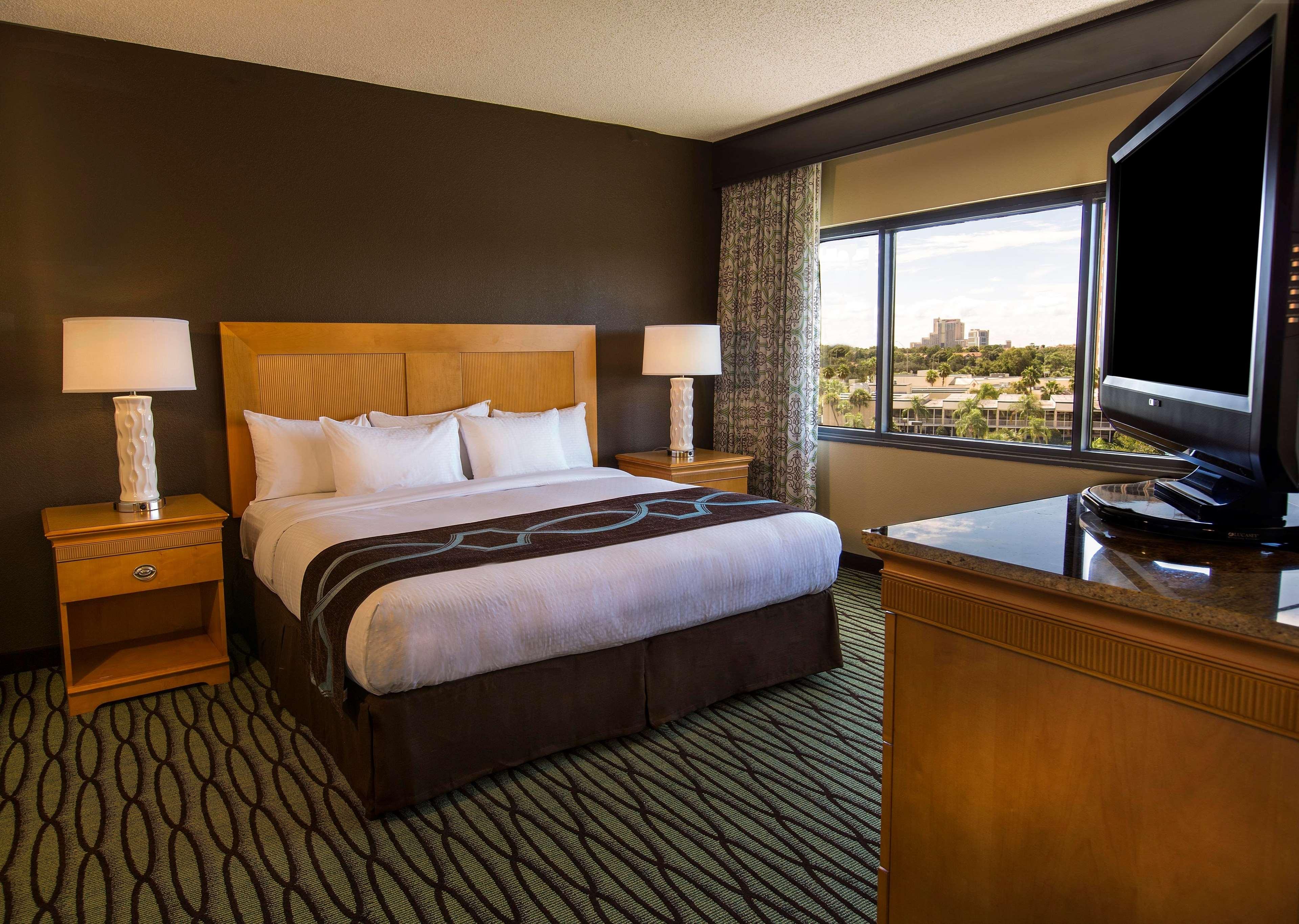 DoubleTree Suites by Hilton Orlando - Disney Springs Area image 9