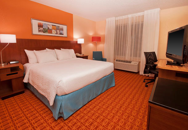 Fairfield Inn & Suites by Marriott Fort Worth/Fossil Creek image 2