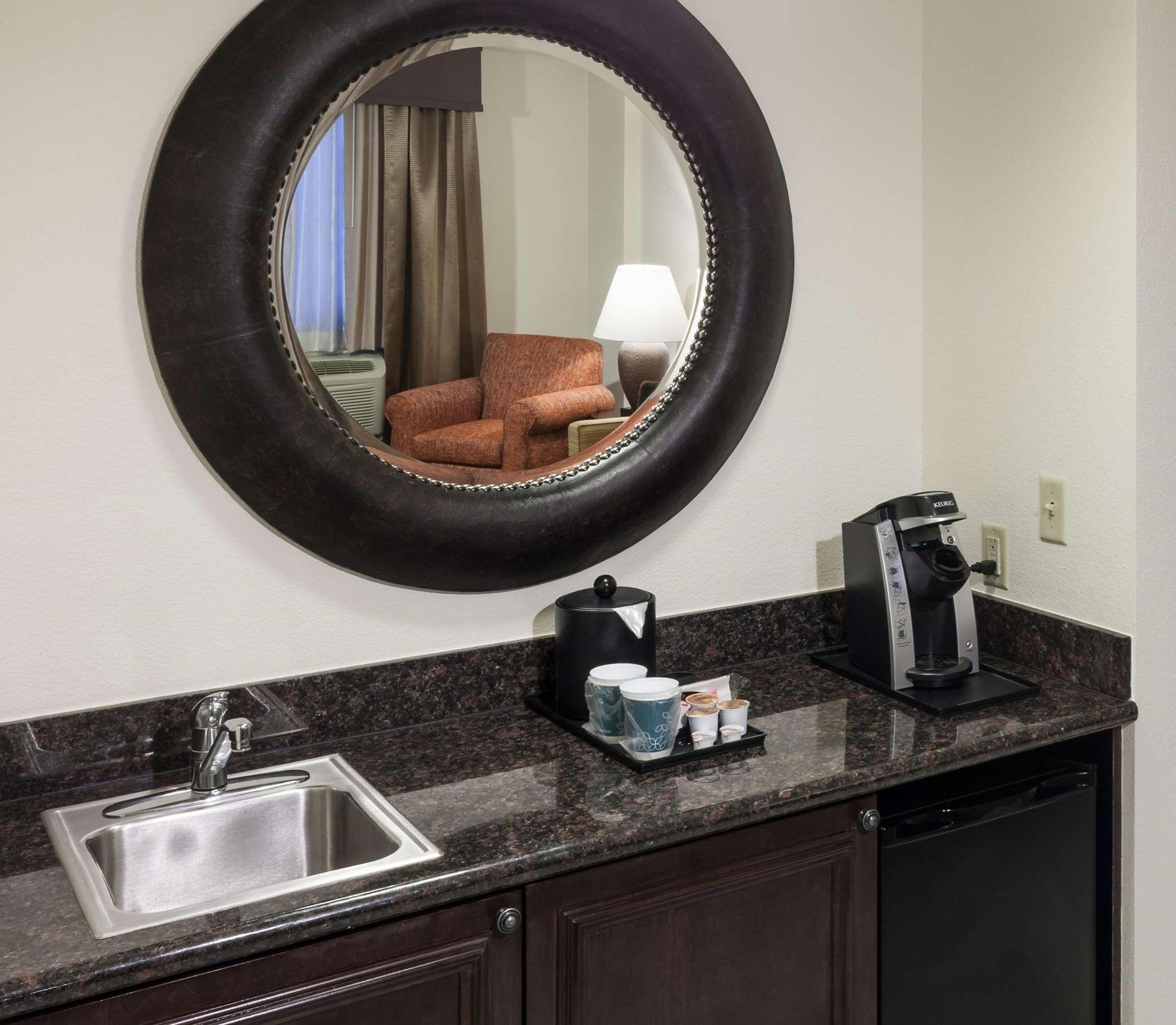 Hilton Garden Inn Denver/Highlands Ranch image 33