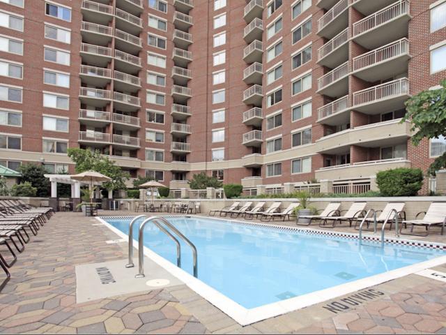 North Quincy Apartments Arlington Va