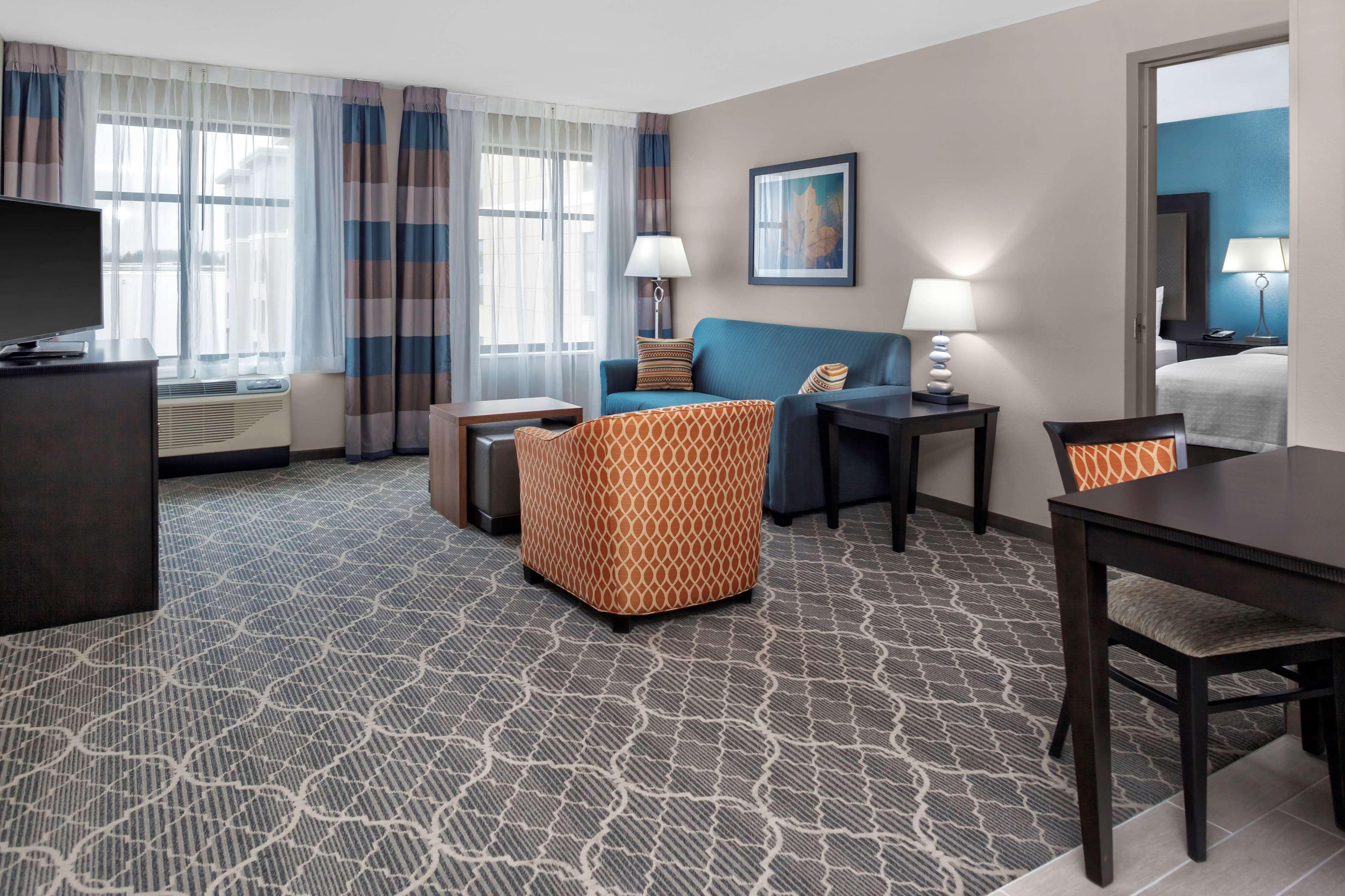 Homewood Suites by Hilton Wauwatosa Milwaukee image 11