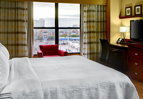 Courtyard by Marriott Atlanta Decatur Downtown/Emory image 3