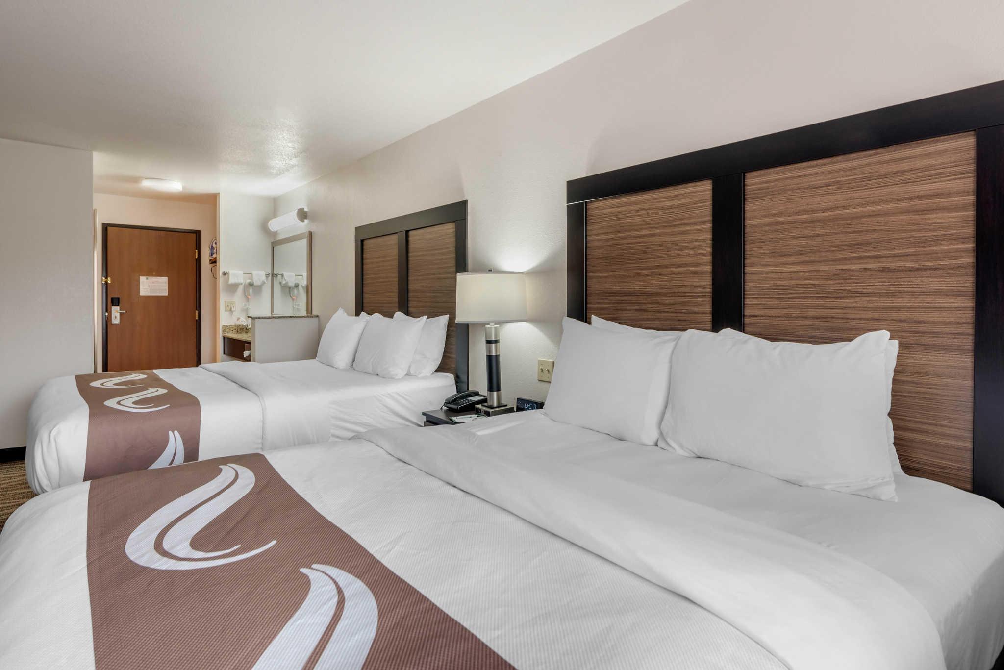 Quality Inn & Suites image 27