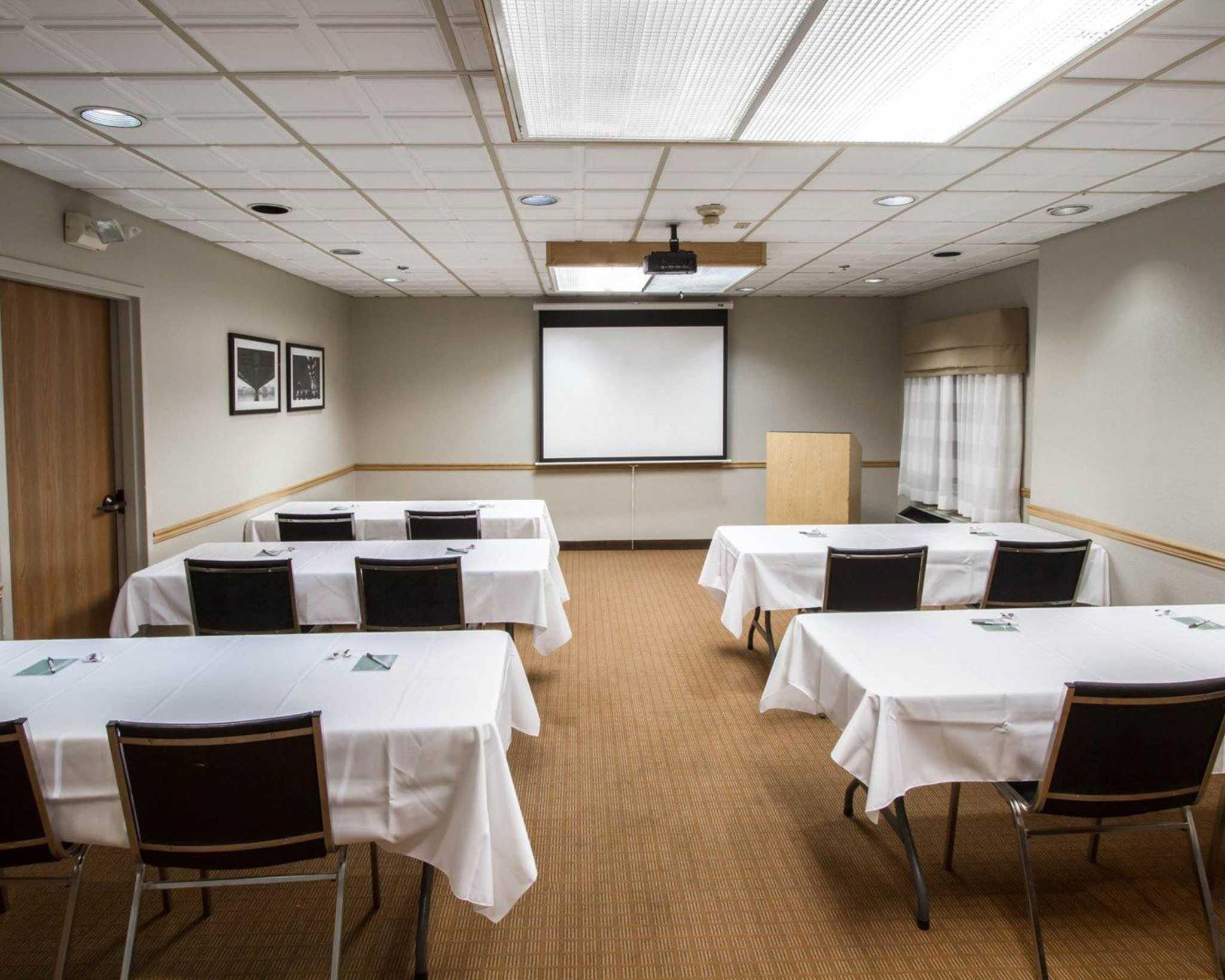 Sleep Inn & Suites Buffalo Airport image 15