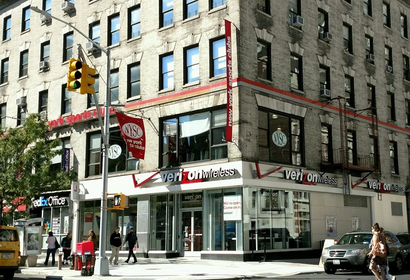 View all New York & Company store locations. Contact our customer service department on New York & Company.