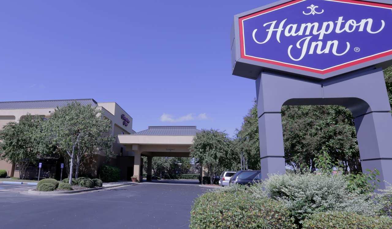 Hampton Inn Aiken image 0