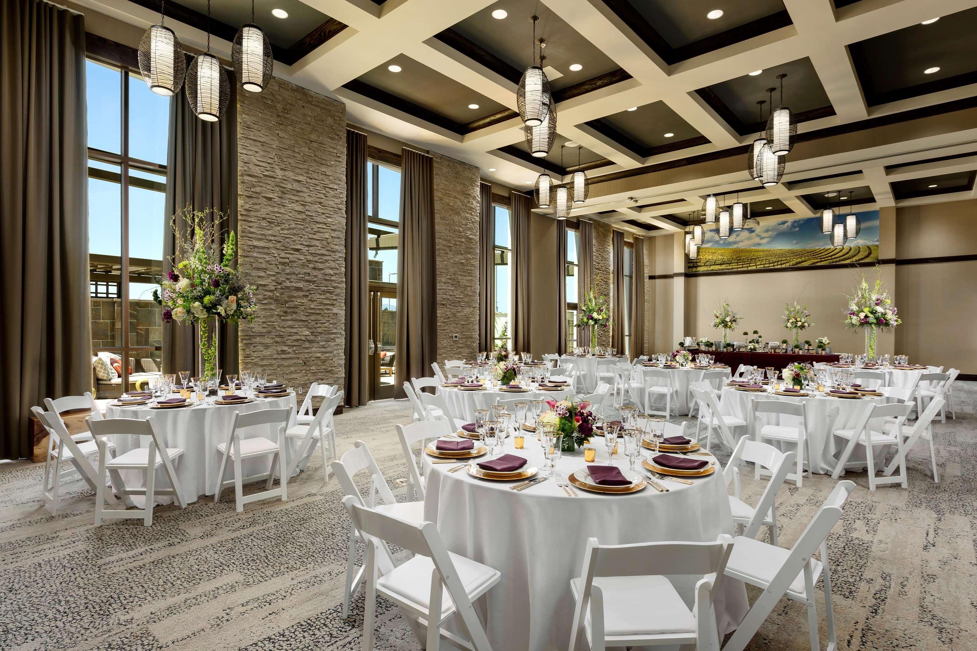 Hampton Inn & Suites Napa image 12