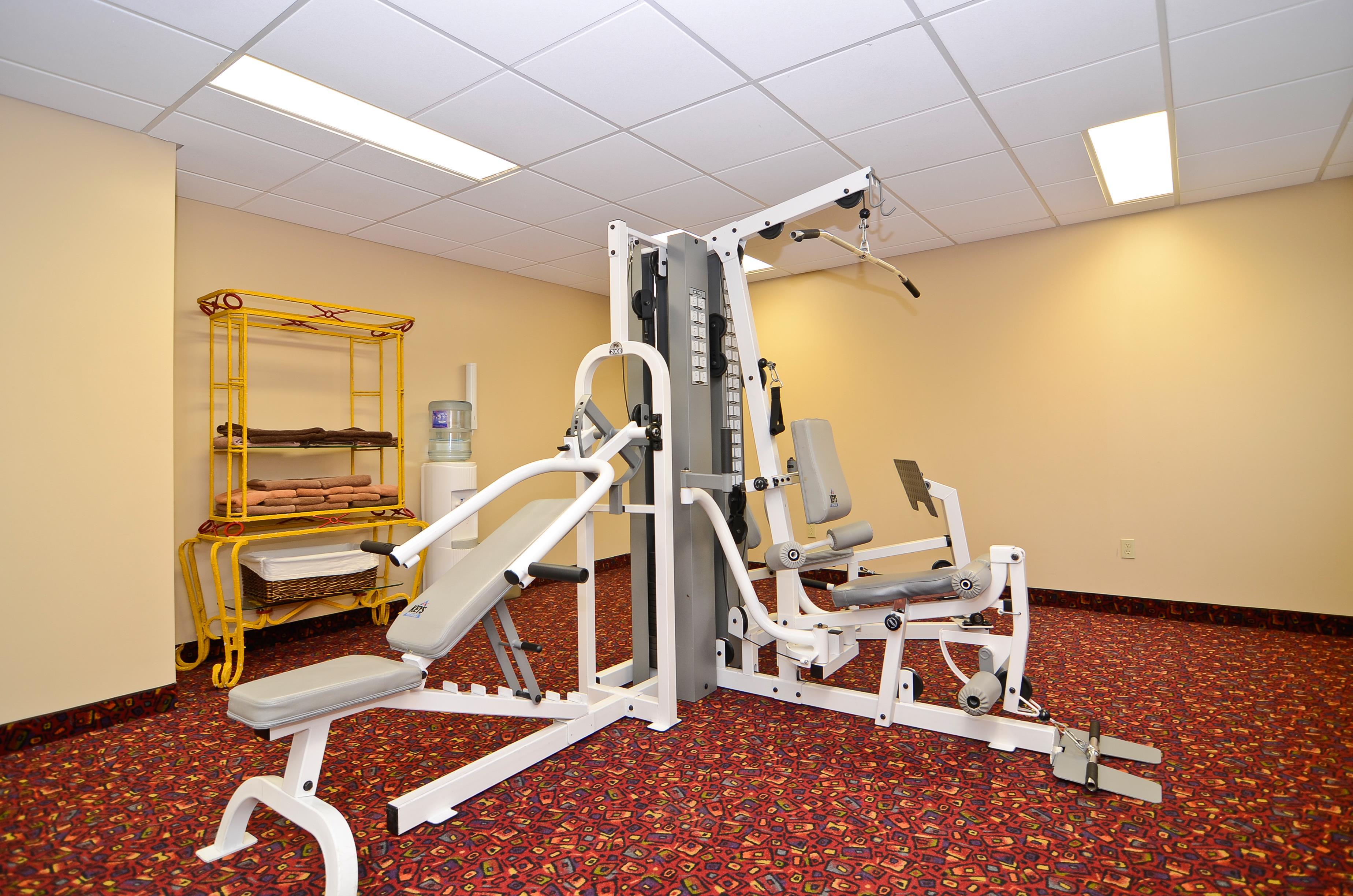 Best Western Marquis Inn & Suites in Prince Albert: Fitness Room