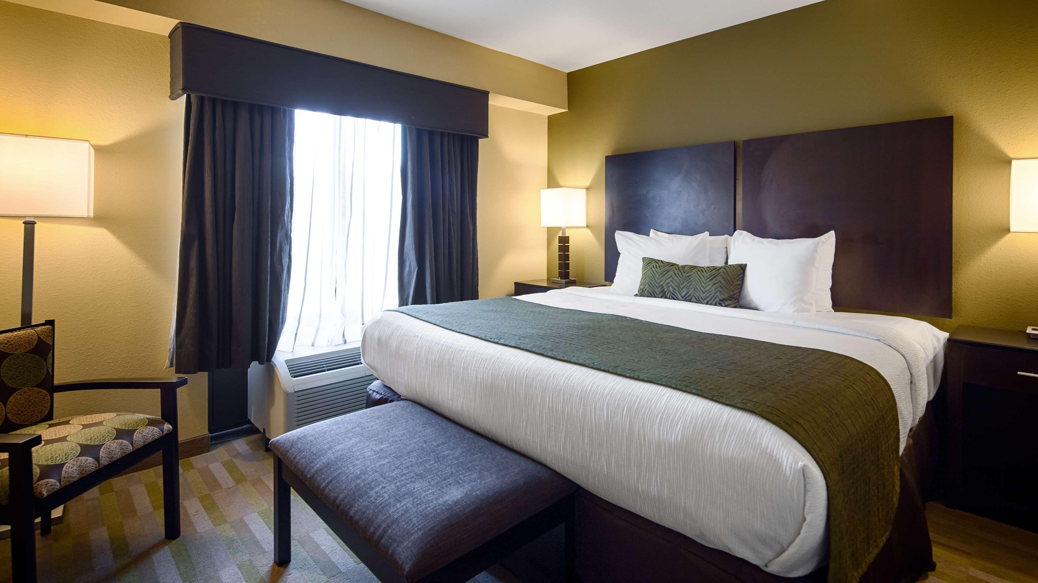 Best Western Plus Thornburg Inn & Suites image 20
